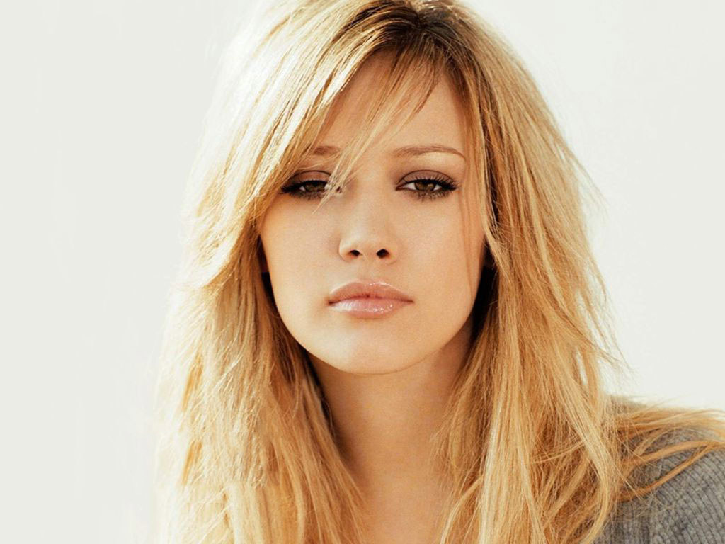 Fantastic Hilary Duff Beautiful Attractive Eye And Face Look Pose Mobile Free Desktop Hd Background Wallpaper
