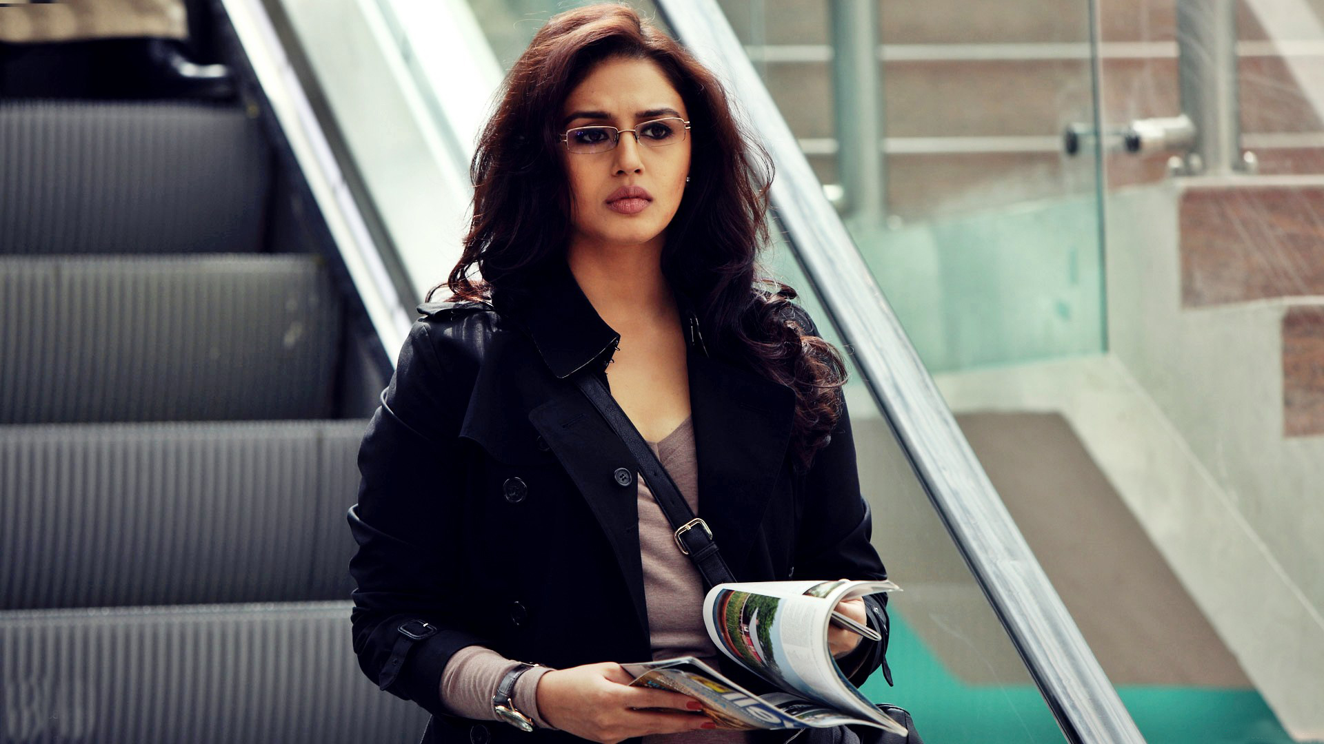 lovely huma qureshi nice still deskop free mobile background photos hd