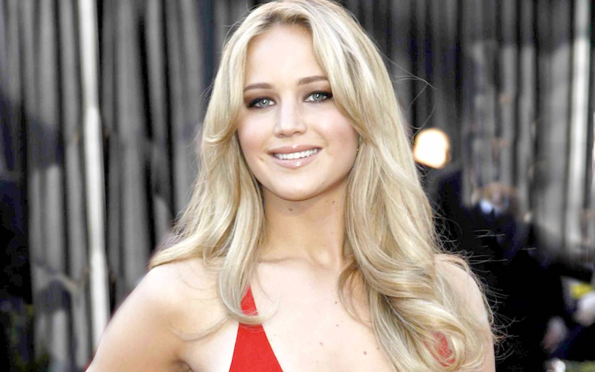 Pretty Jennifer Lawrence Desktop Images Download