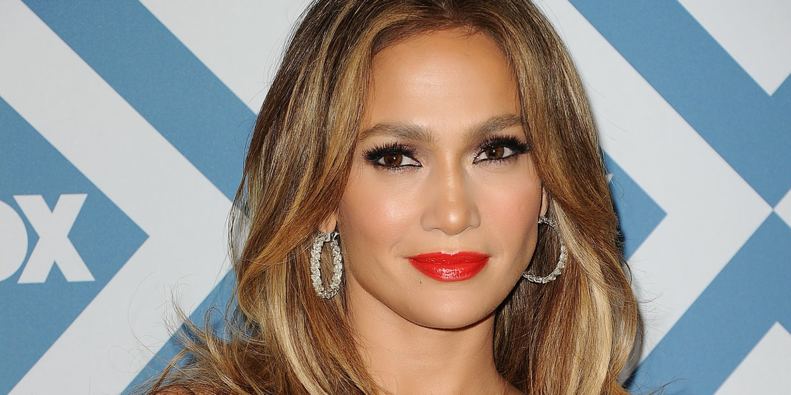 awesome hd jennifer lopez wallpapers download