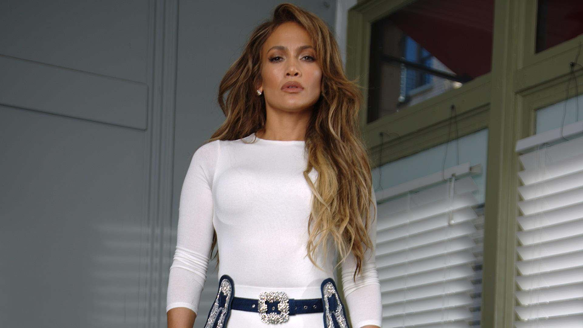 beautiful jennifer lopez image pic