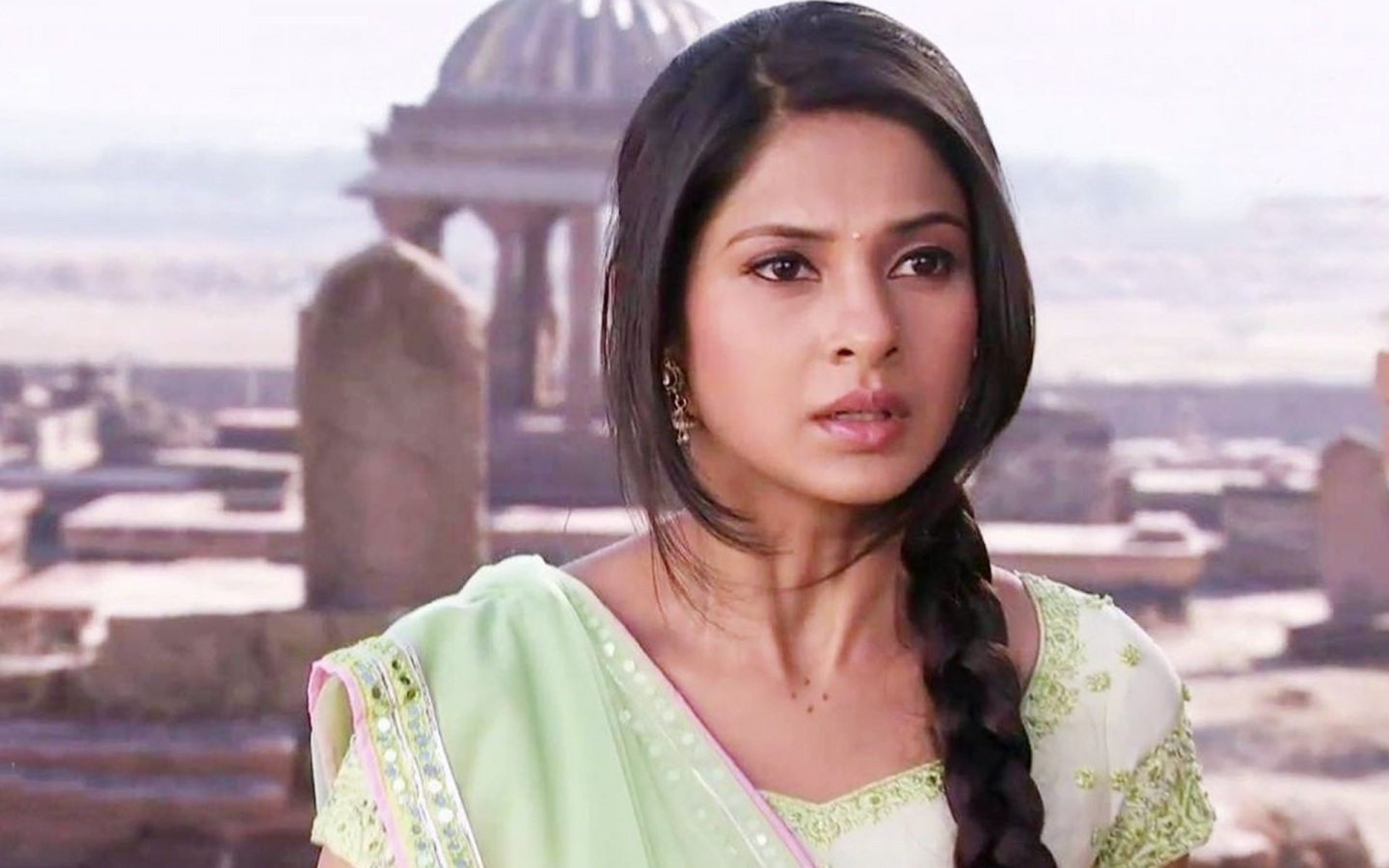 Download Jennifer Winget Cute Mobile Background Free Hd Wallpaper