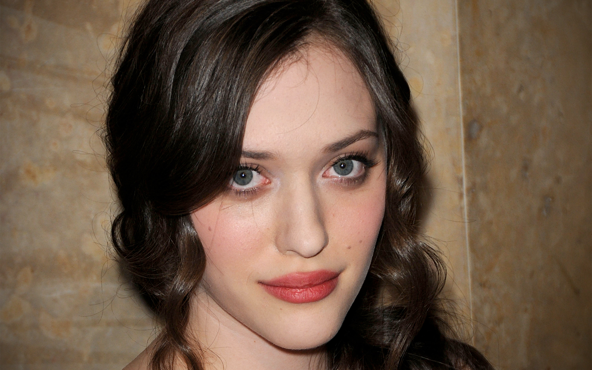 kat dennings free hd latest pictures download