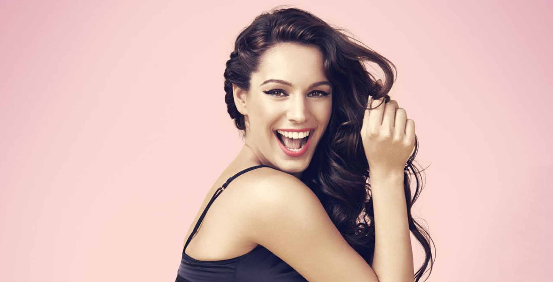 Hd Cute Kelly Brook Desktop Wallpaper Download