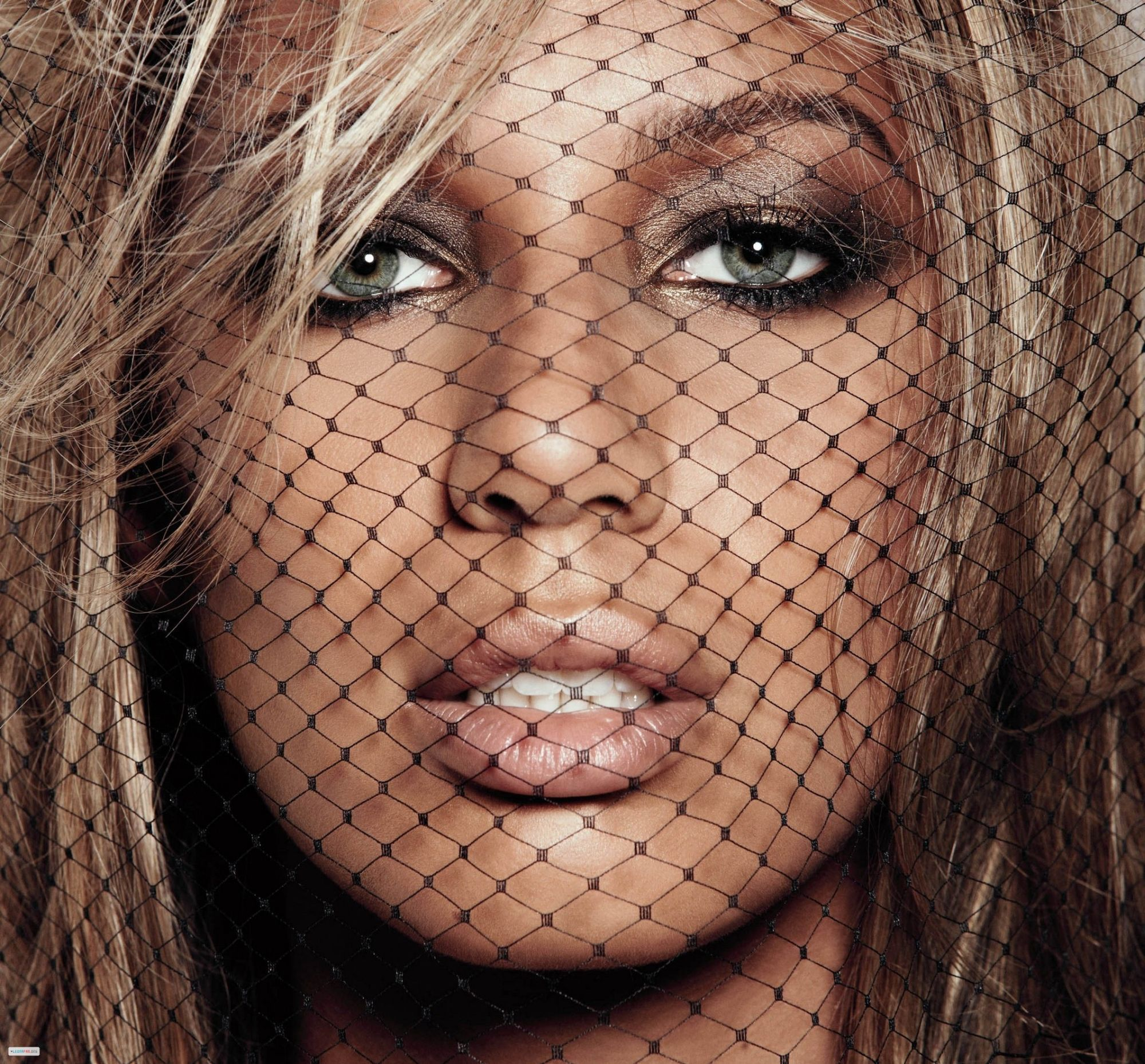 free high definition awesome leona lewis pics download