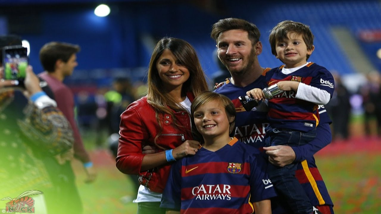 Lionel Messi Beautiful Moments With Family Hd Free Football Background Mobile Desktop Download Wallpaper Images