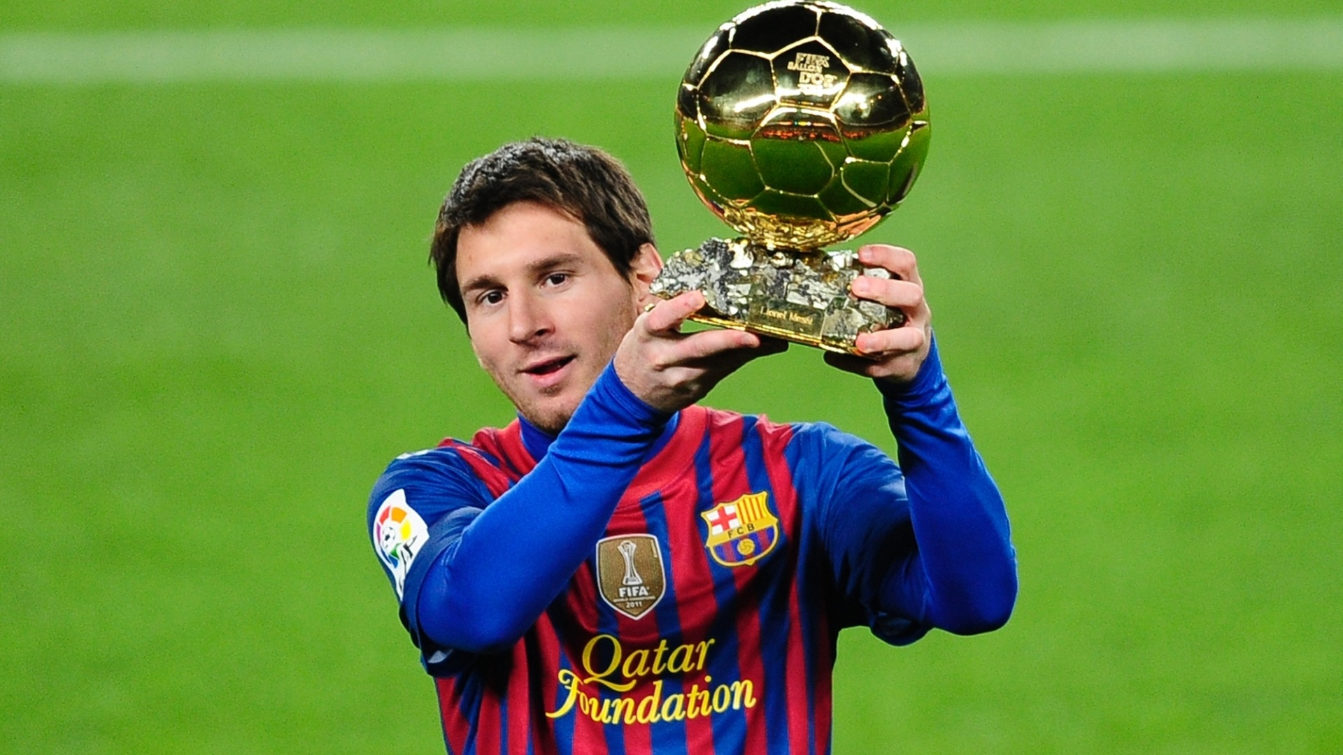lionel messi cup hd free football player background mobile desktop download wallpaper pictures