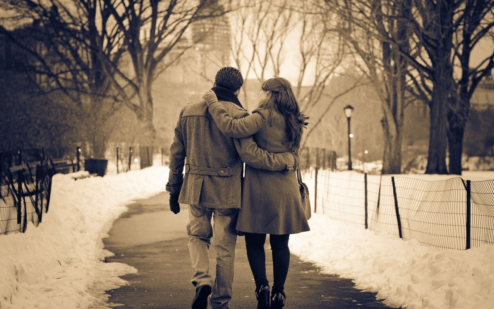 beautiful couple love winter pictures