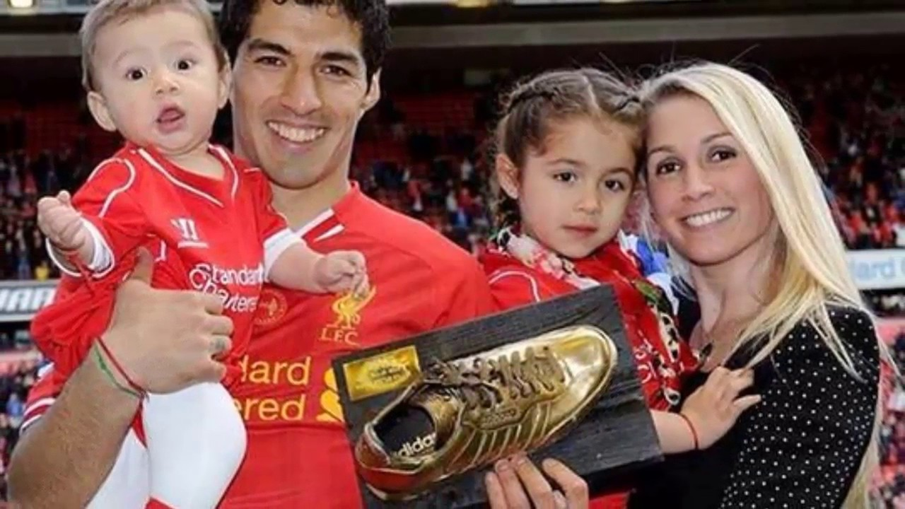 luis suarez with family best moments football soccer player hd enjoying background mobile desktop download images