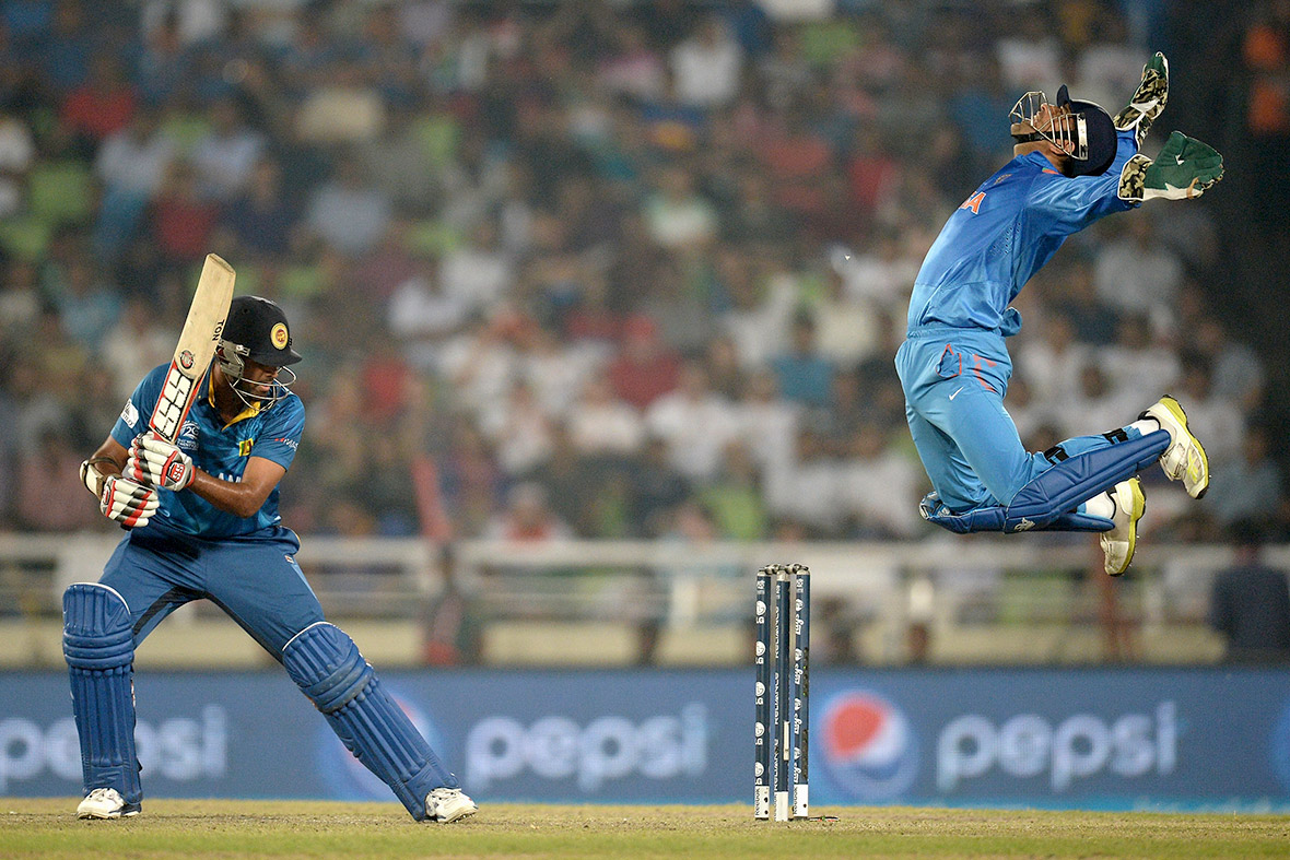 Amazing Mahender Singh Dhoni Best Catch In One Day Still Hd Desktop Background Free Wallpaper Mobile