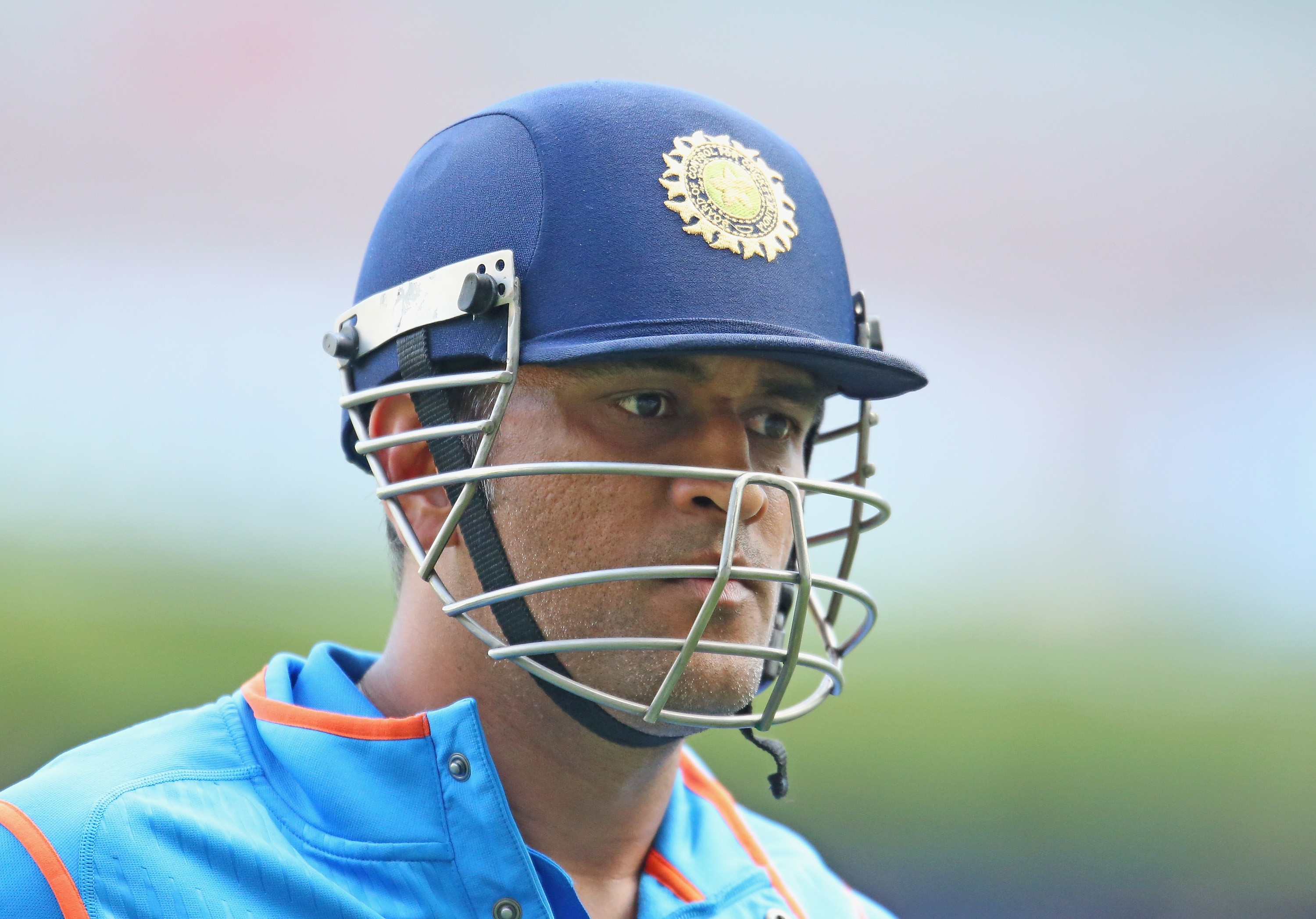 Thala Dhoni Beautiful Still With Helmet Background Free Mobile Images Download Hd