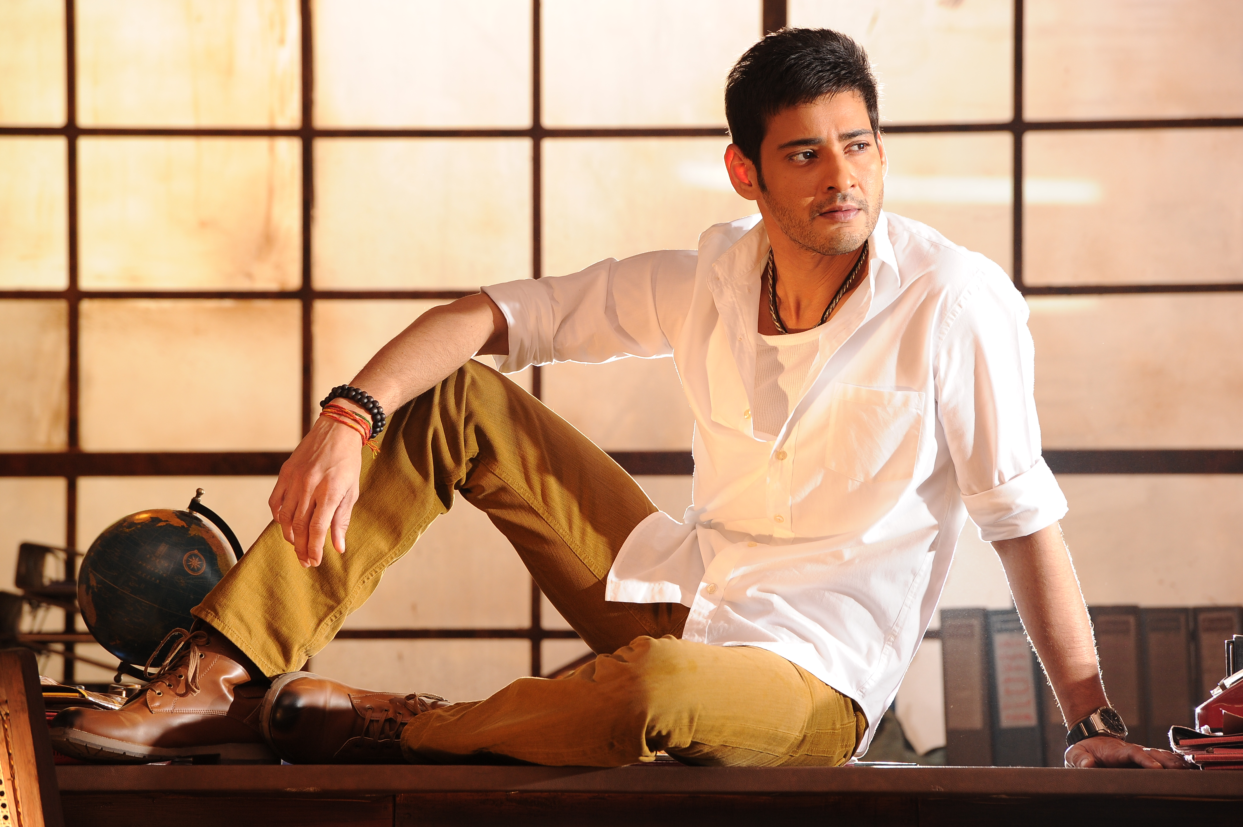 stunning mahesh babu amazing cute style look background free desktop hd laptop wallpaper.JPG