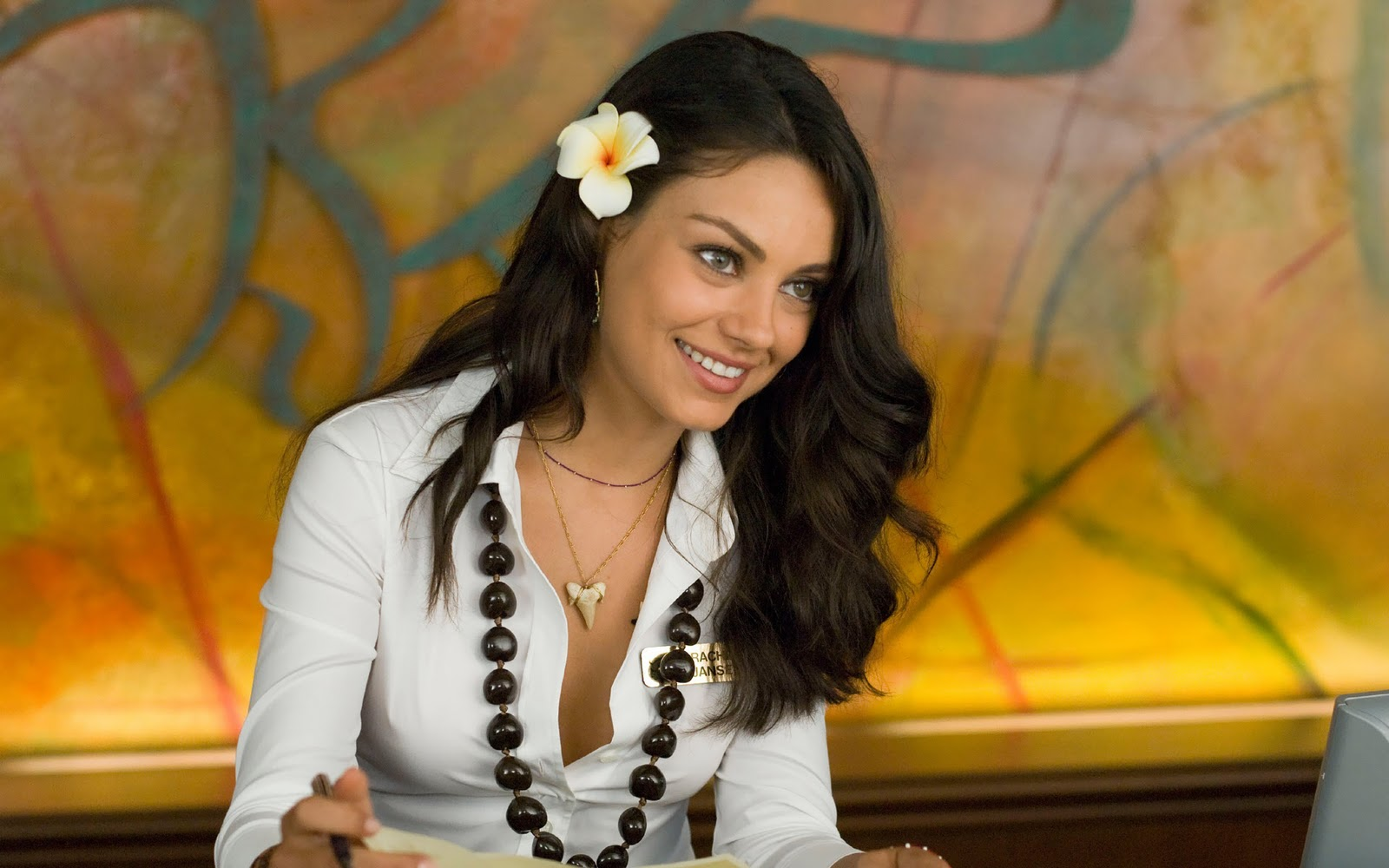 romantic eyes stunning look mila kunis pic