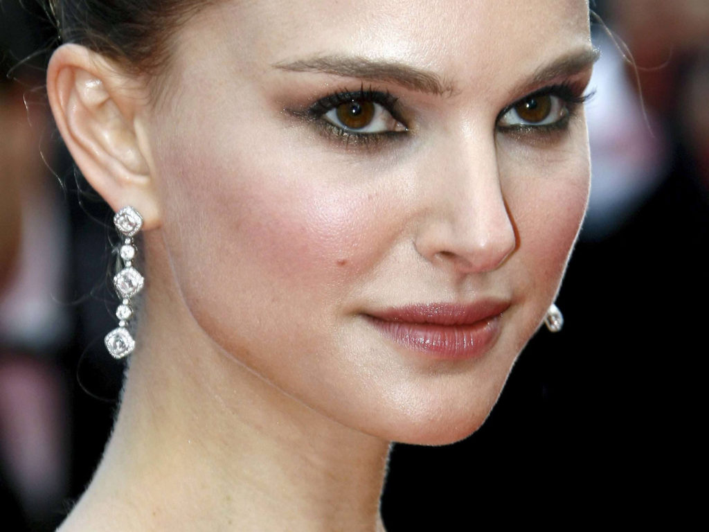 cutest mind blowing natalie portman hot style wallpapers hd free download for tablet