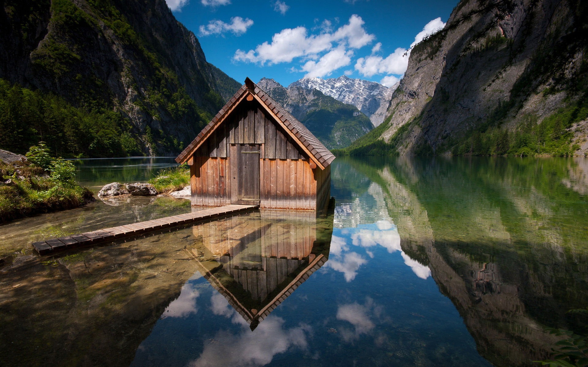 peaceful wood house mountain and lake images picture wallpaper download
