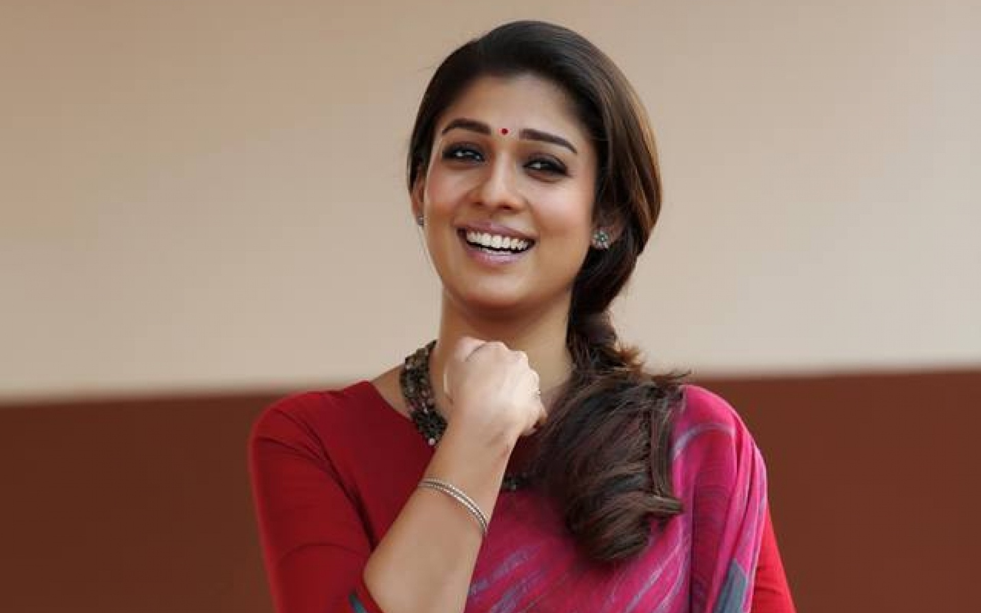 fantastic nayanthara smiling look deskop mobile free background hd photos