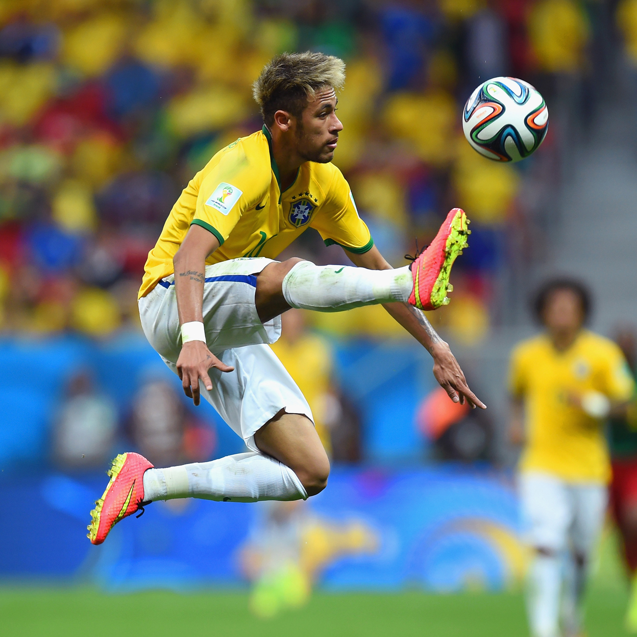 neymar football soccer player free hd kick ball air mobile desktop bakground download wallpaper images