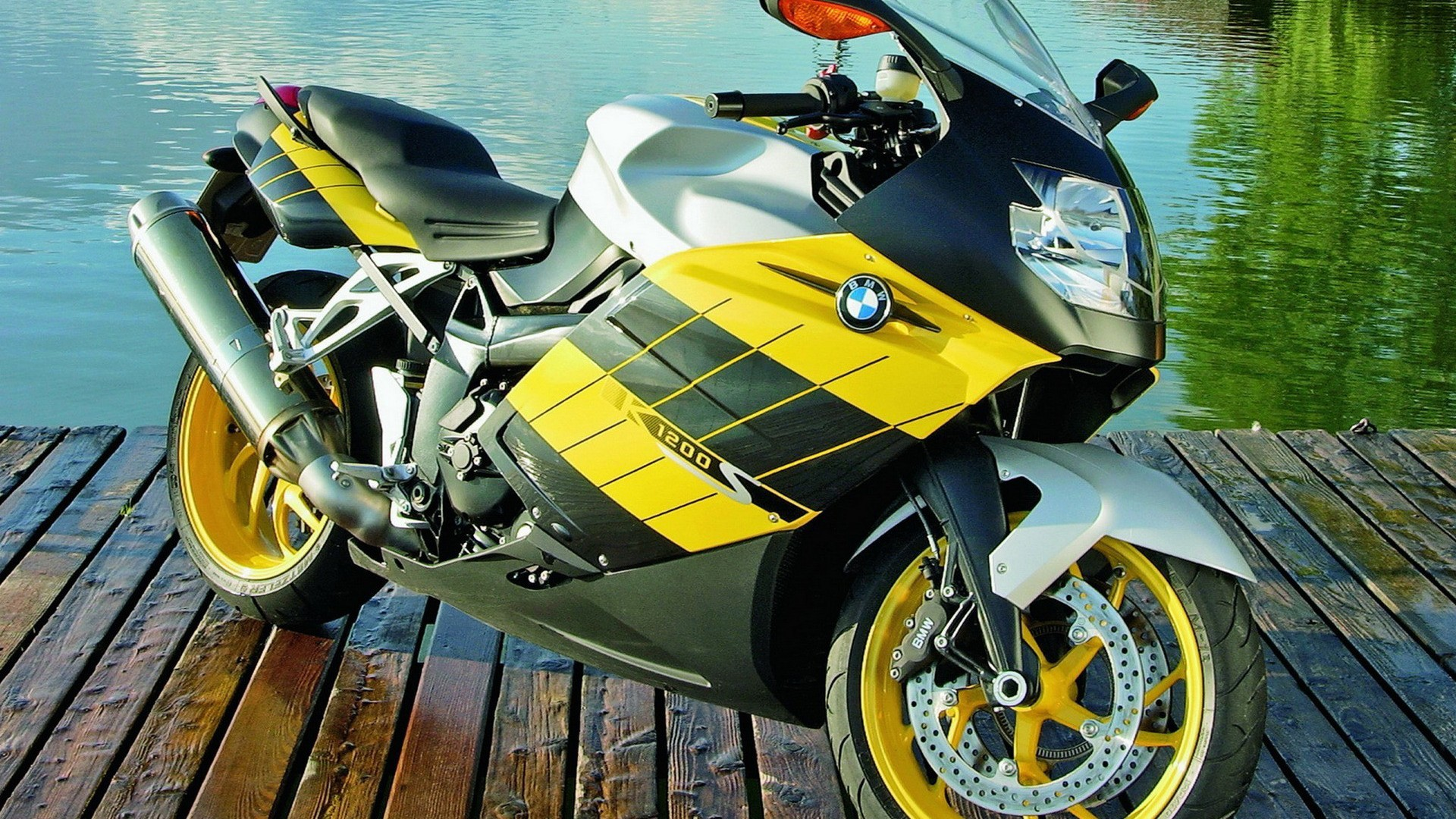 sports bike hd desktop pics