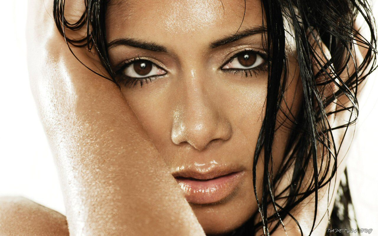 free alluring nicole scherzinger picture for mobile