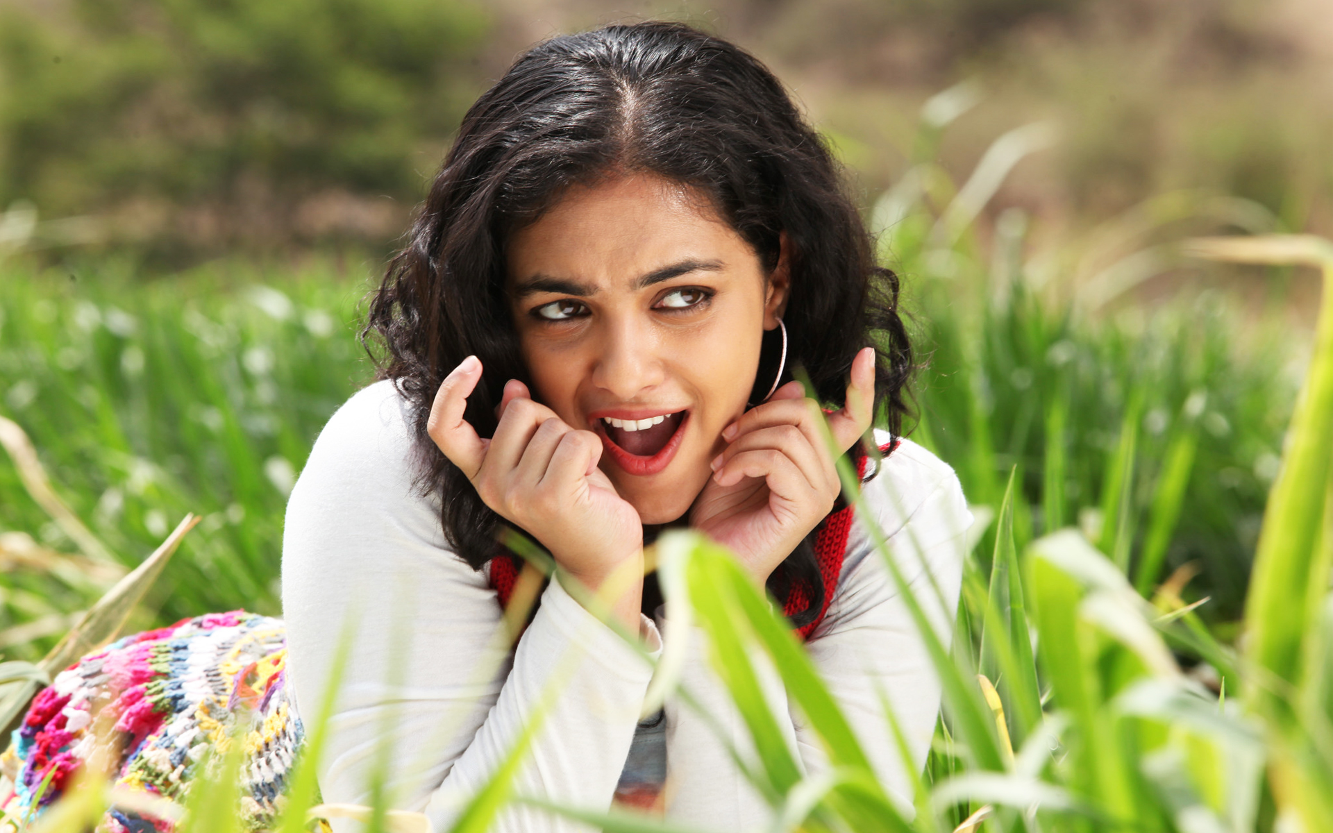 desktop nithya menon smiling look mobile hd background free images