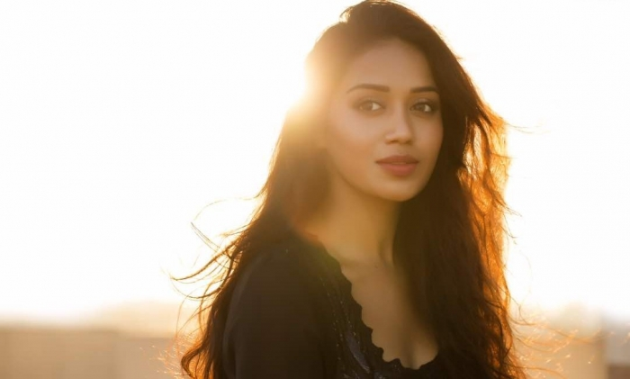 latest nivetha pethura images download for pc