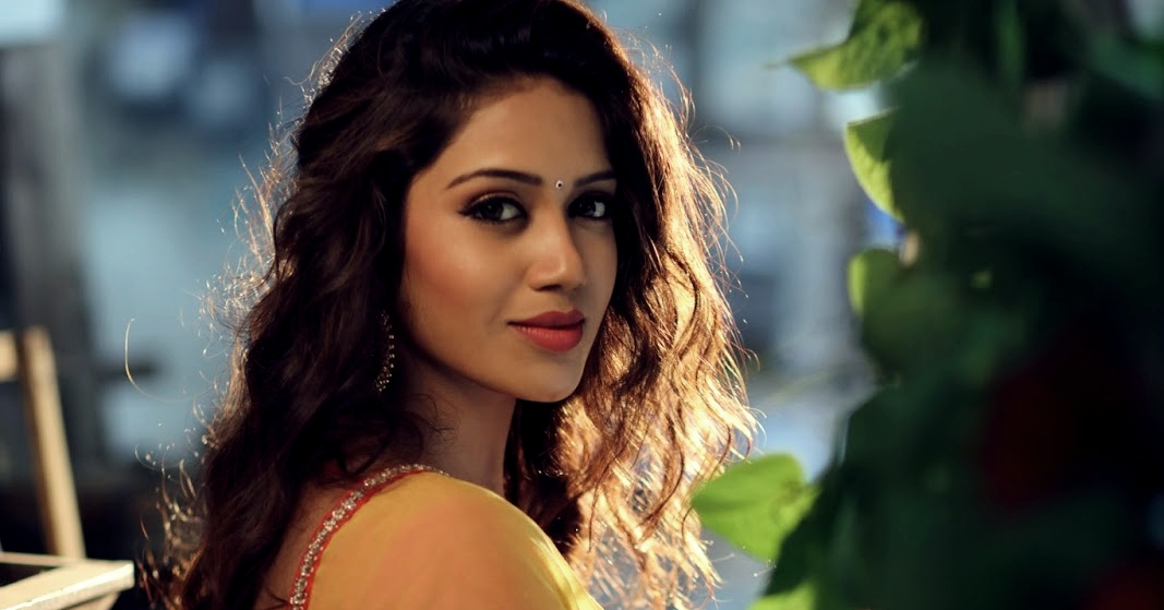 Free Beautiful Nivetha Pethuraj Hd Photo Download