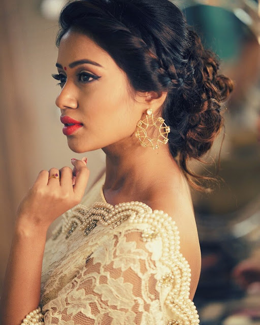 Free Desktop Beautiful Nivetha Pethuraj Pictures Download