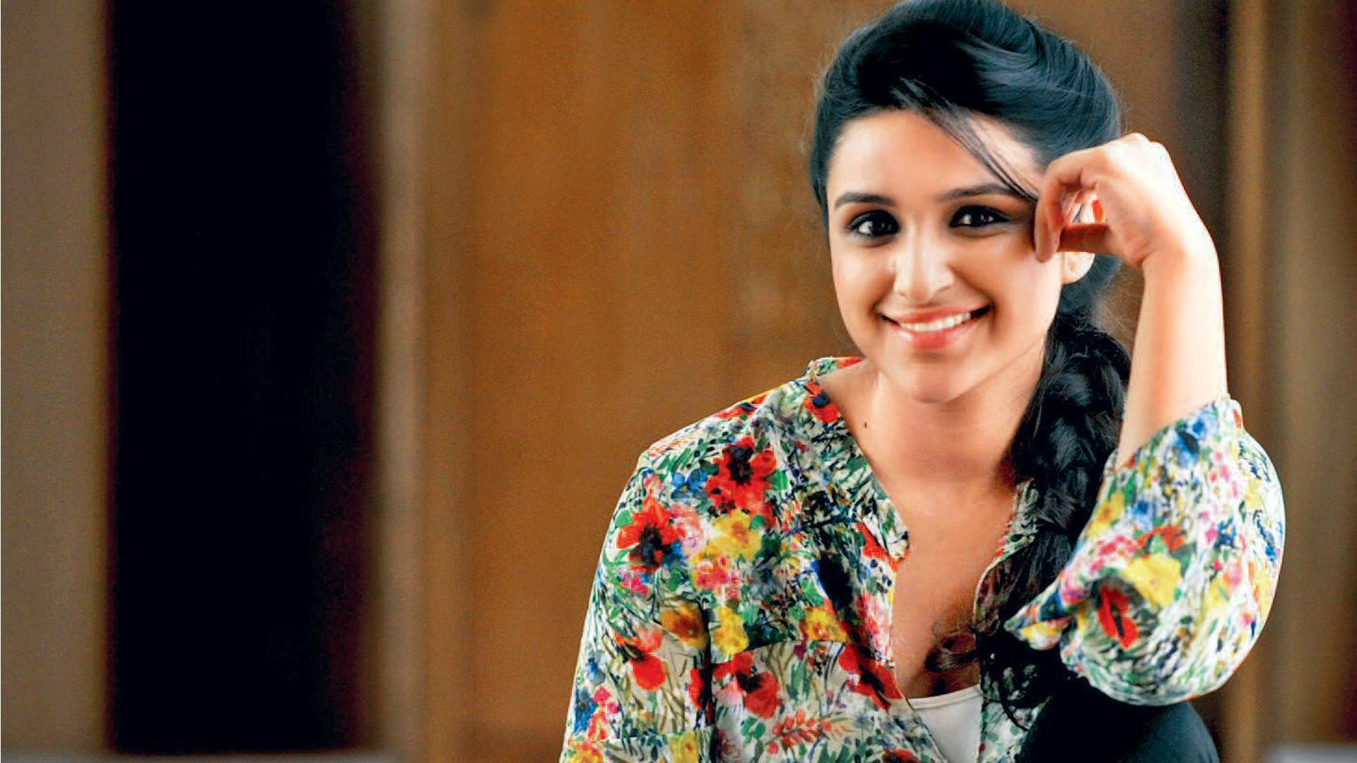 lovely parineeti chopra smile look free mobile desktop background hd pictures