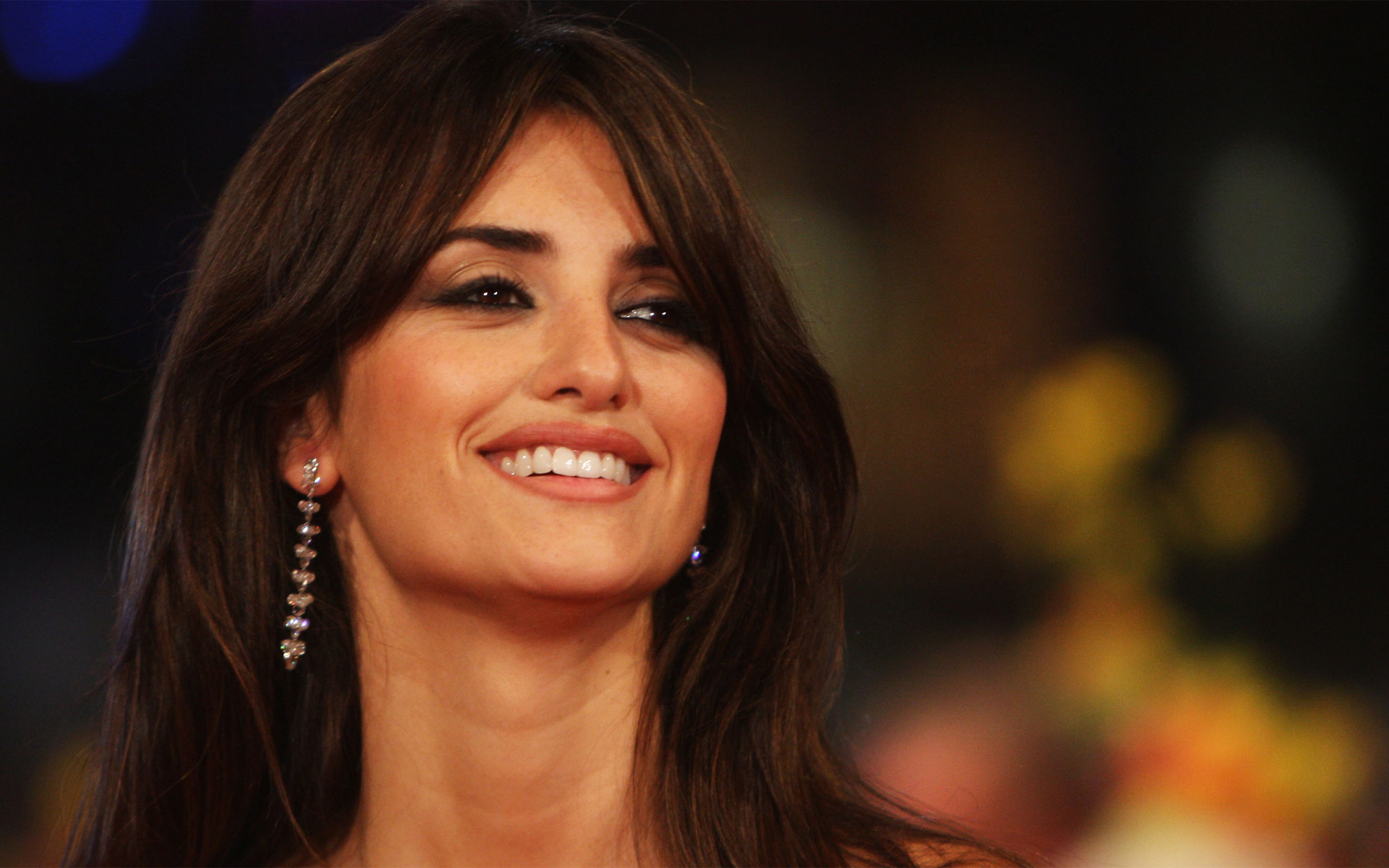 Amazing Penelope Cruz Wallpaper Hd