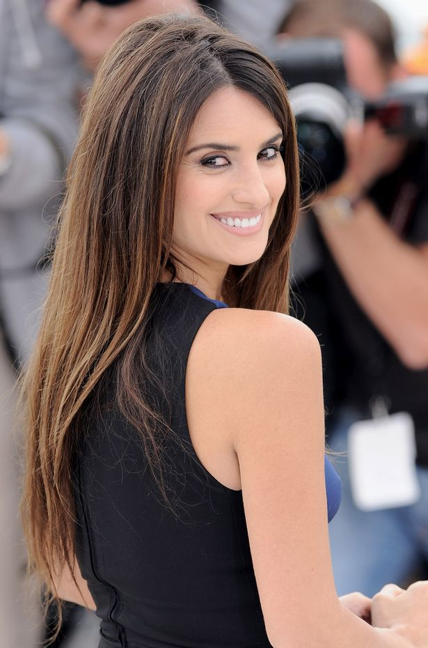 Penelope Cruz Smiling Face Wallpaper