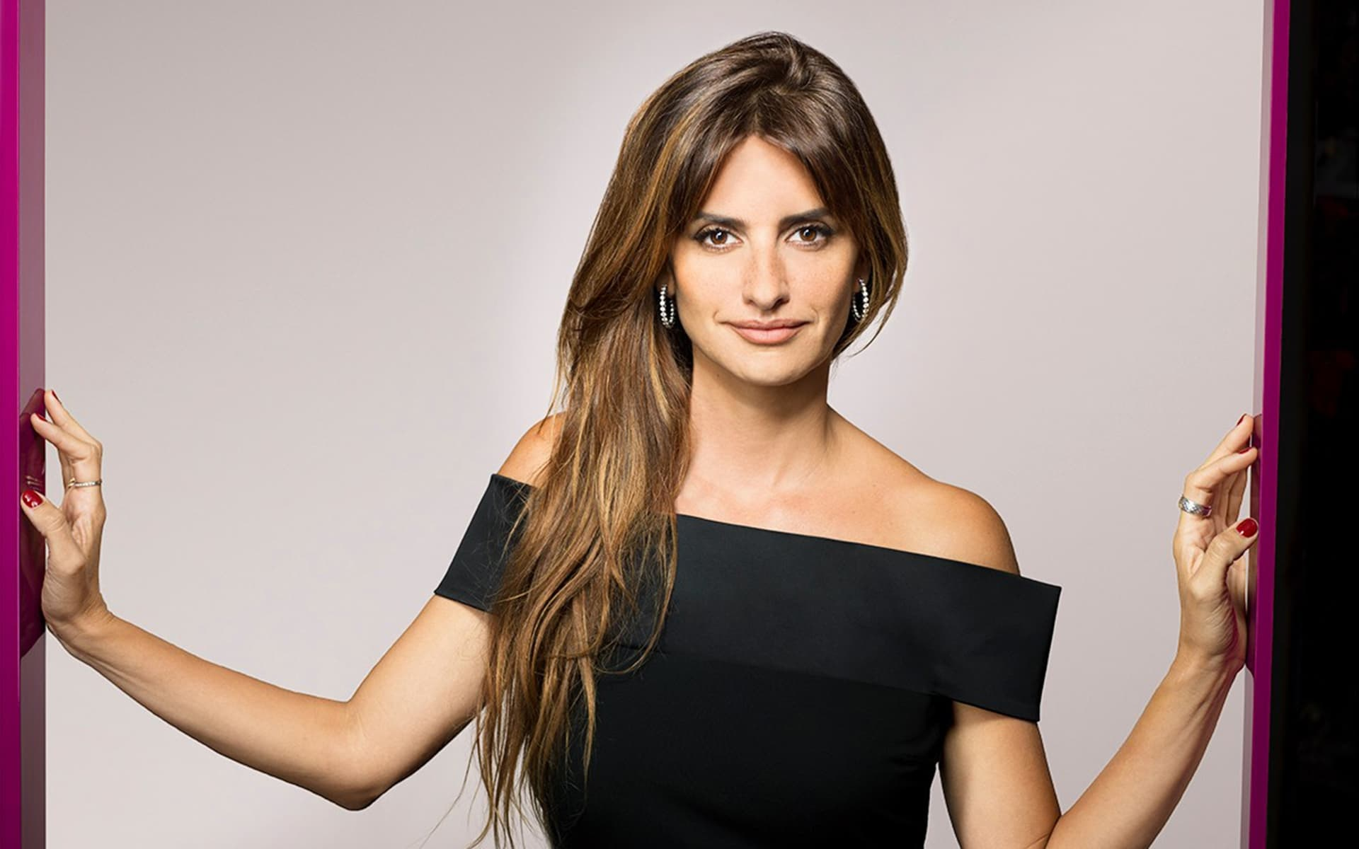 Stunning Penelope Cruz Wallpaper Smart Phone