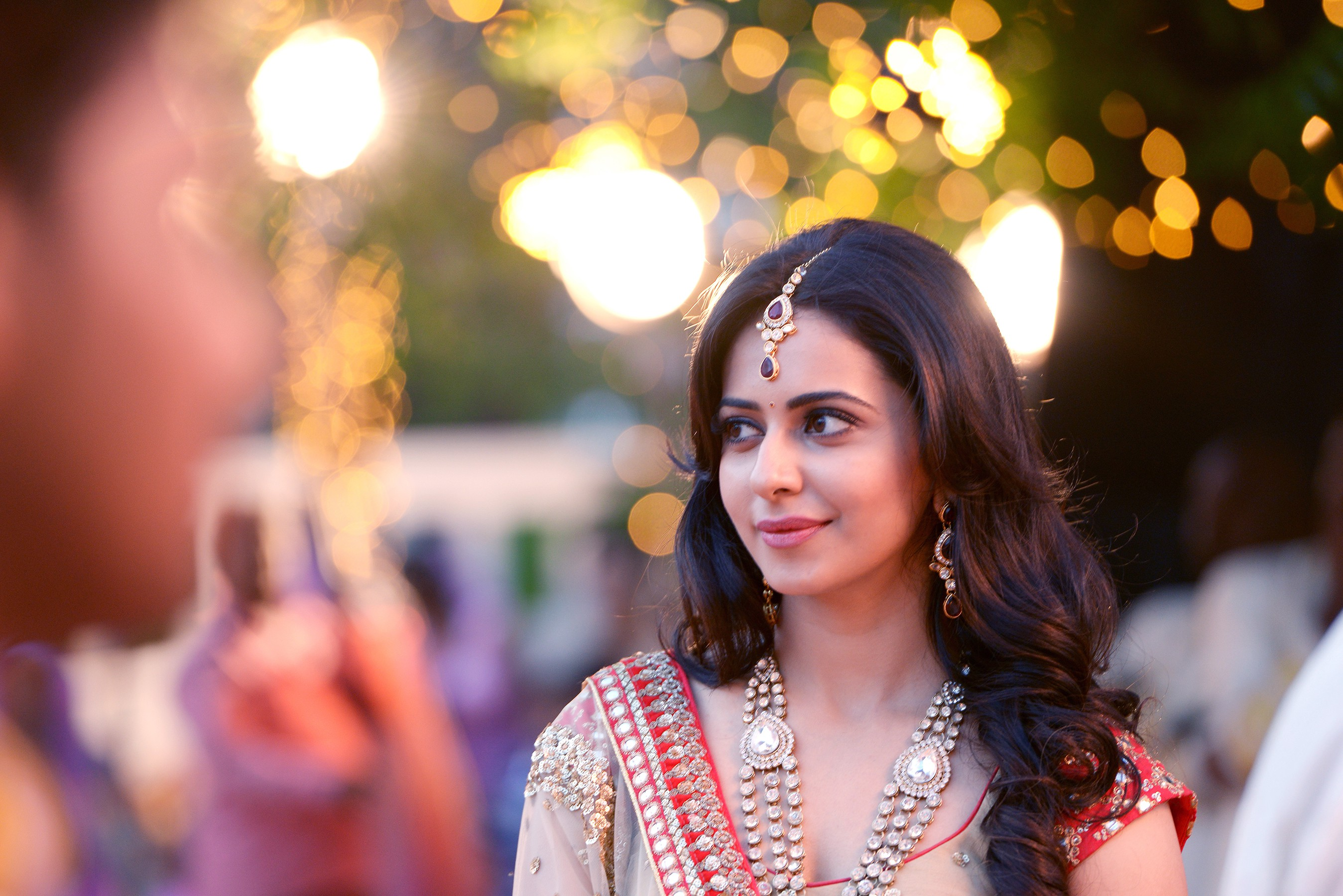 Hd Download Charming Rakul Preet Singh Pics
