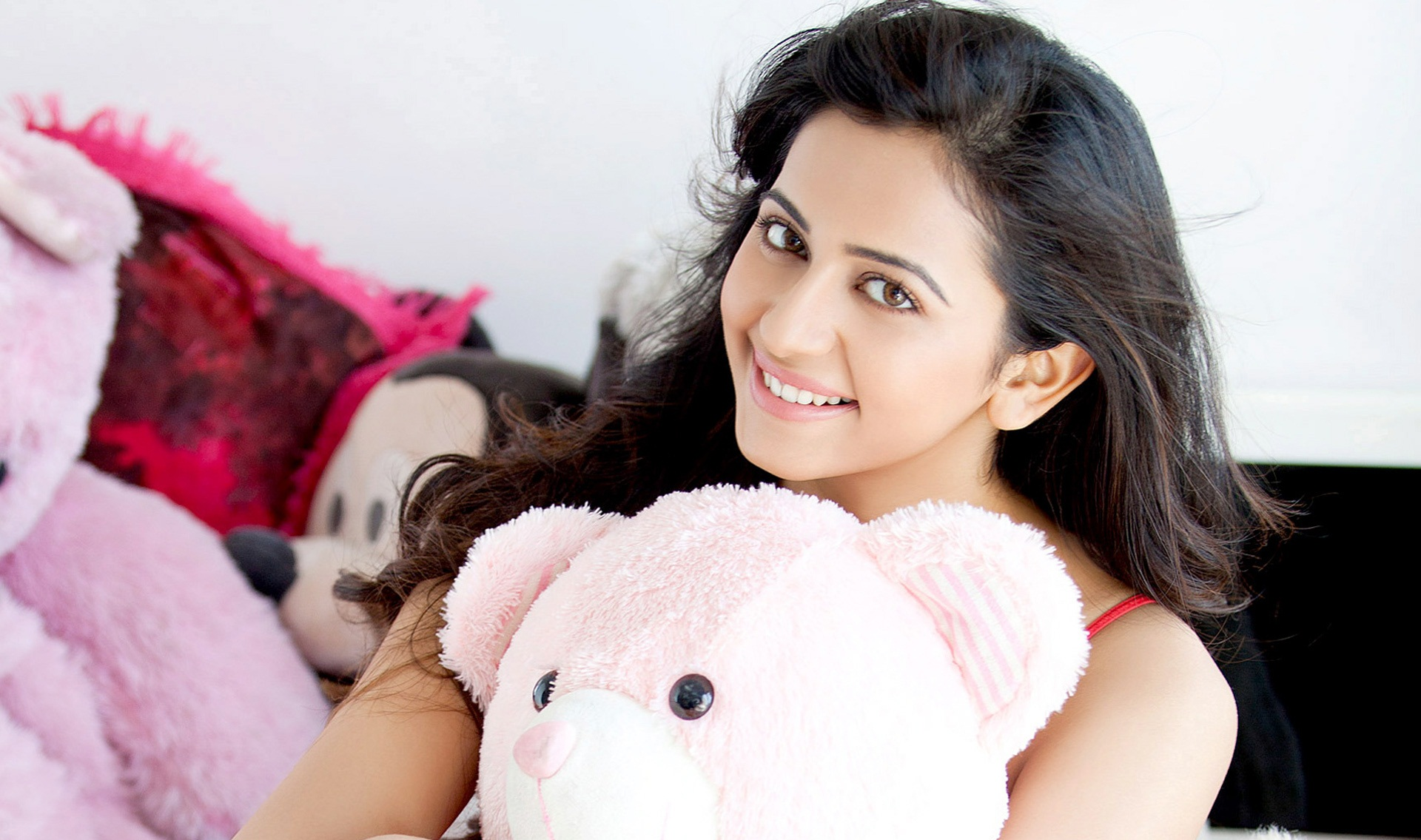 wonderful rakul preet singh best cute smile mobile free background deskop hd images