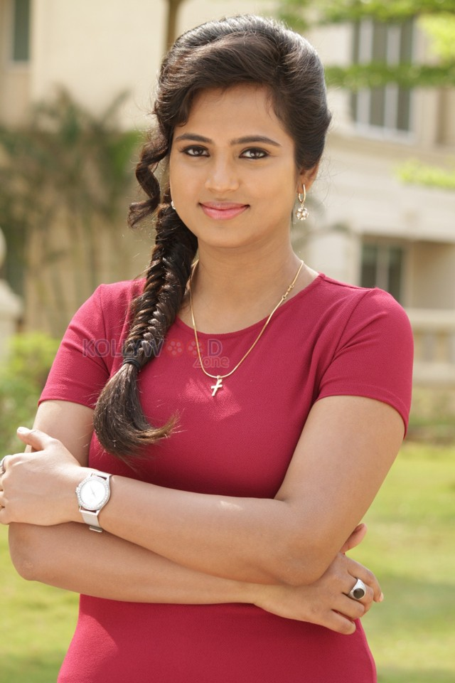 cute smile ramya pandian free image download