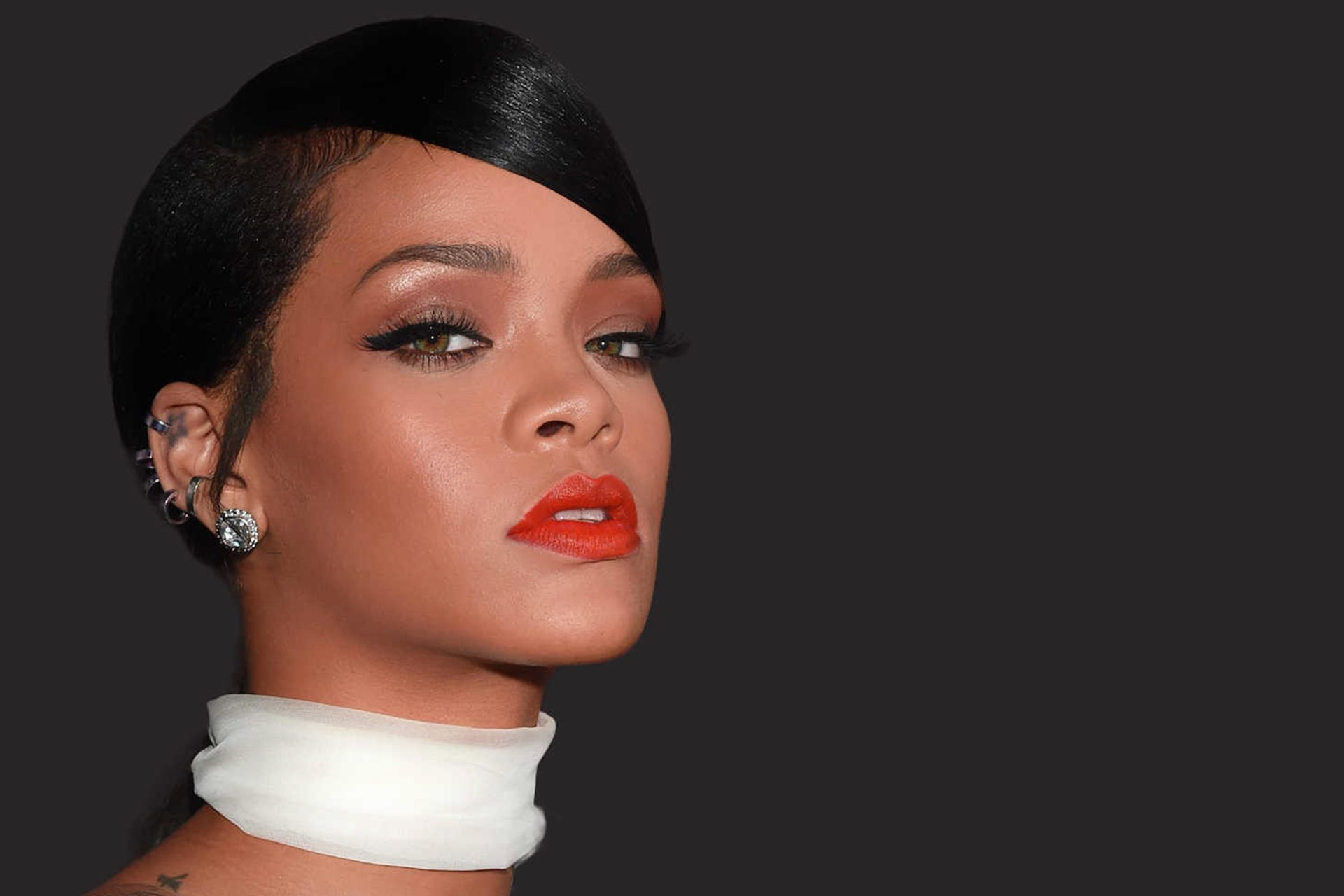 Rihanna Red Lips And Hot Background Wallpapers Hd Download