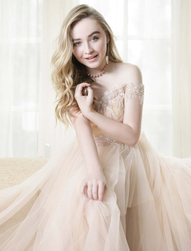 Free High Definition Nice Sabrina Carpenter Images Download
