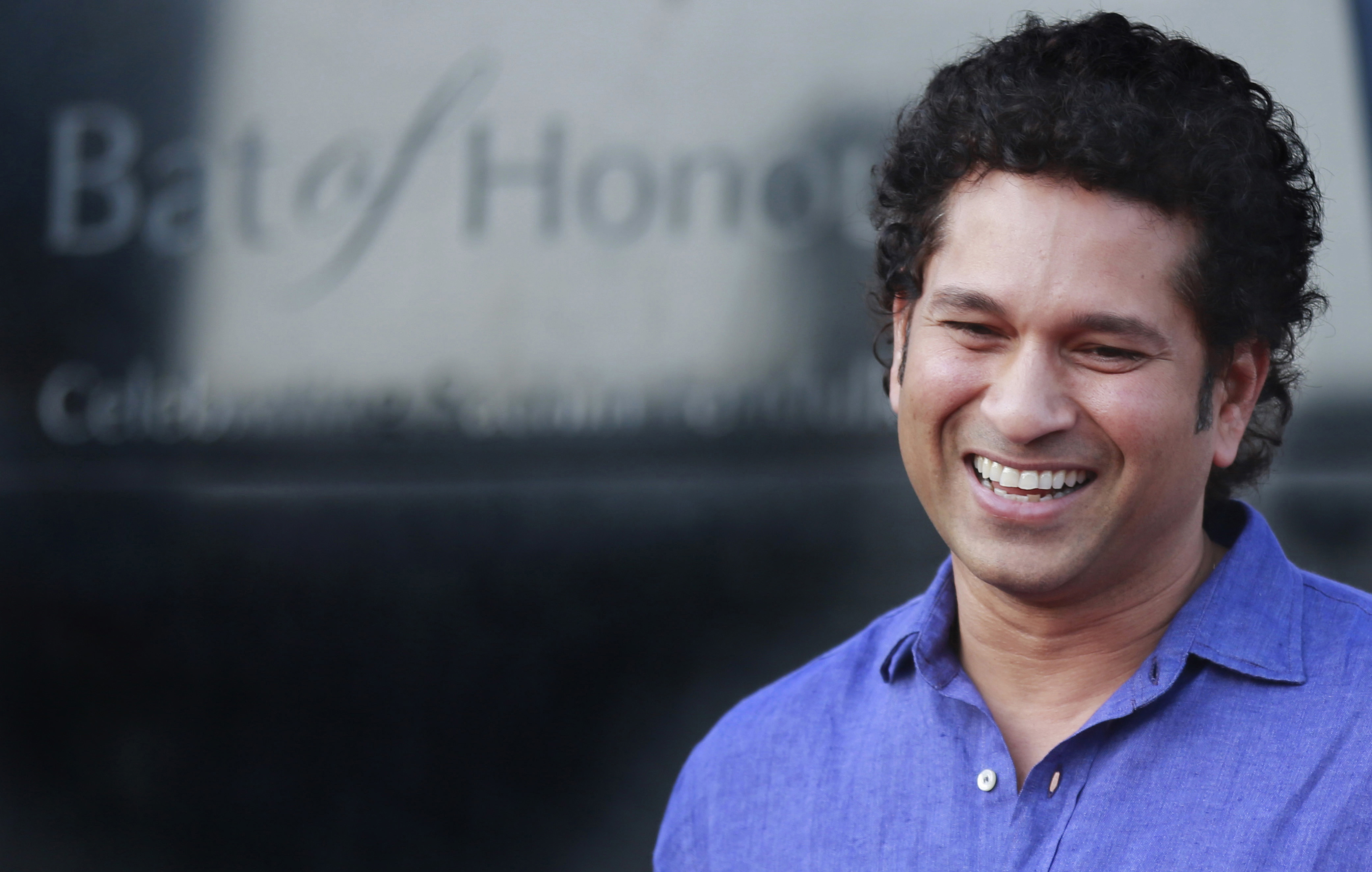 download sachin tendulkar cute smile face look mobile hd background pictures free