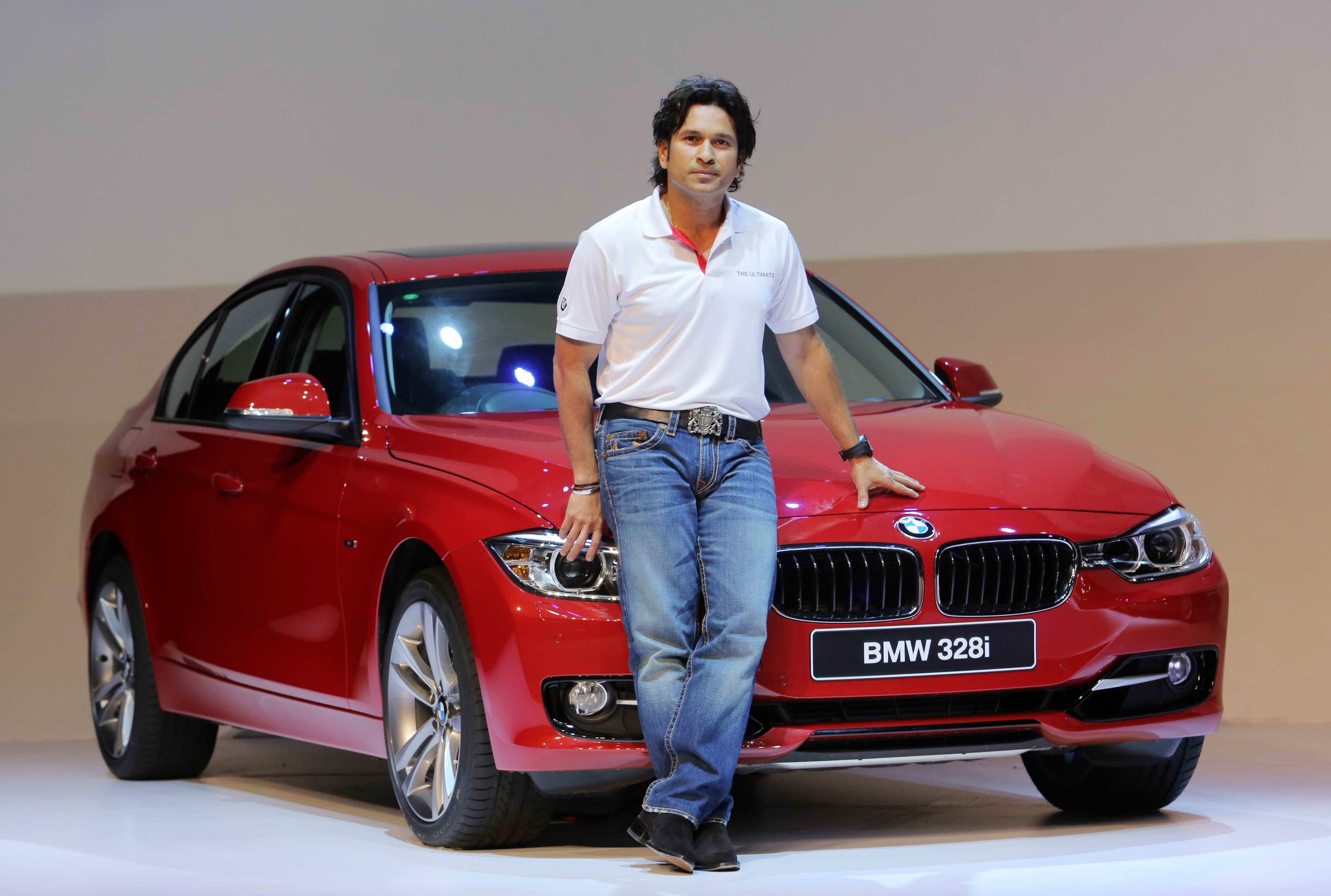 free master sachin tendulkar beautiful style look with car pose mobile hd download background pictures