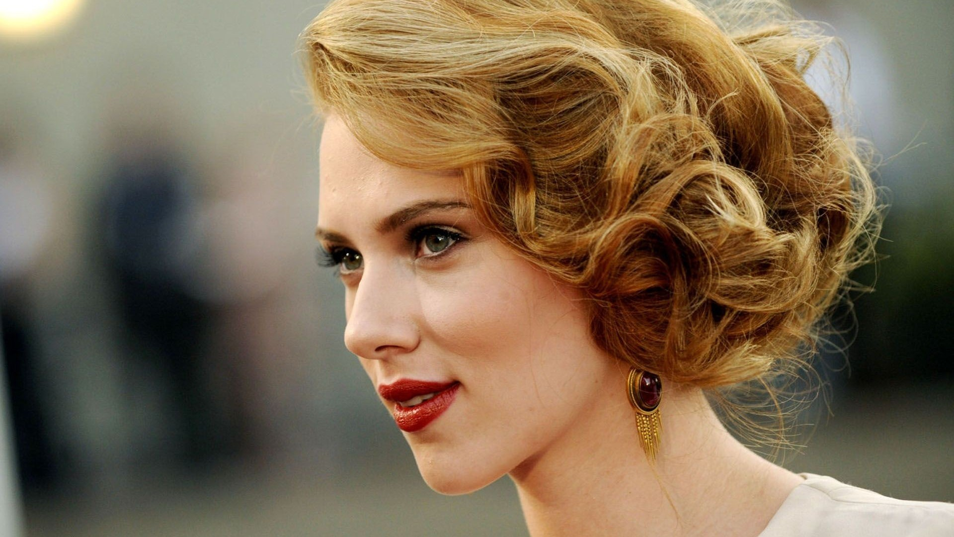 Beautiful Scarlett Johansson Cute Image Download