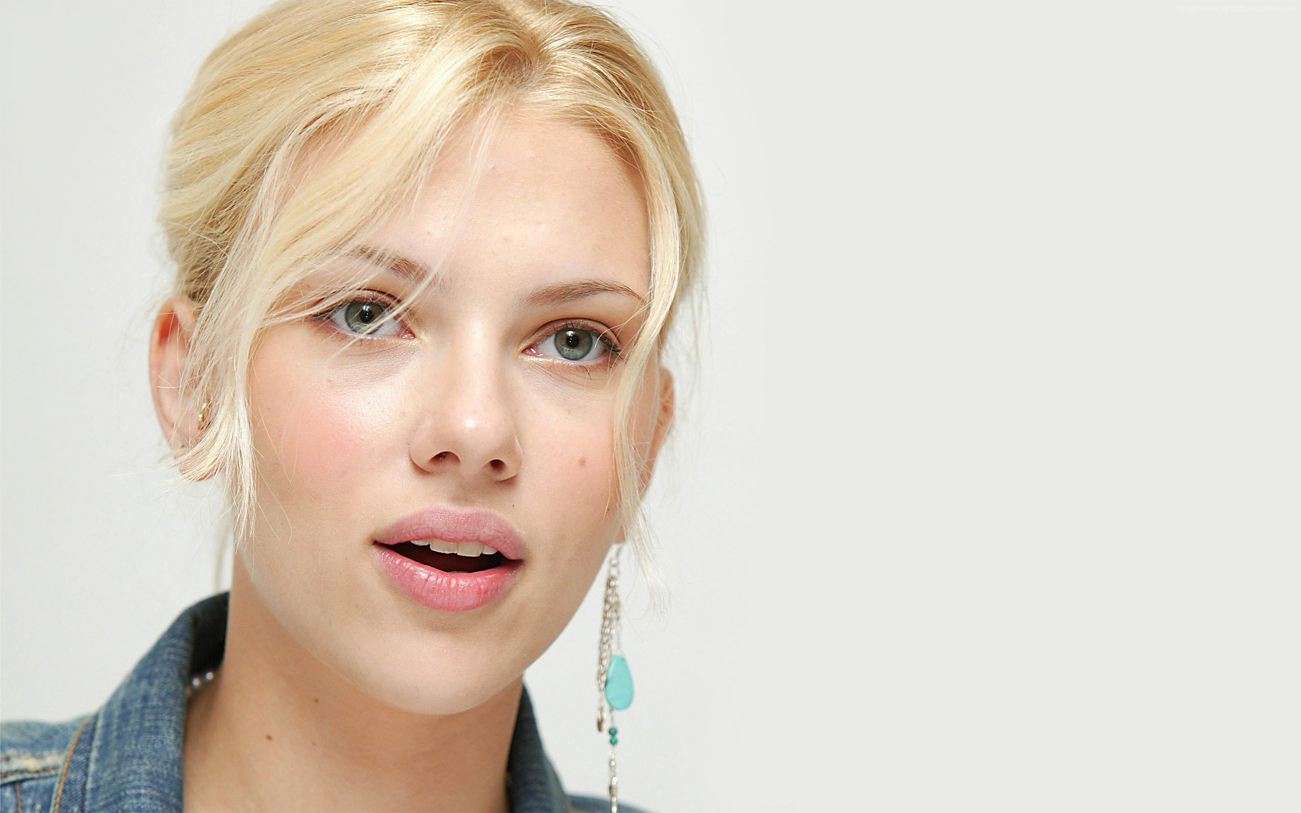 wonderful scarlett johansson smile face mobile background photos free hd desktop