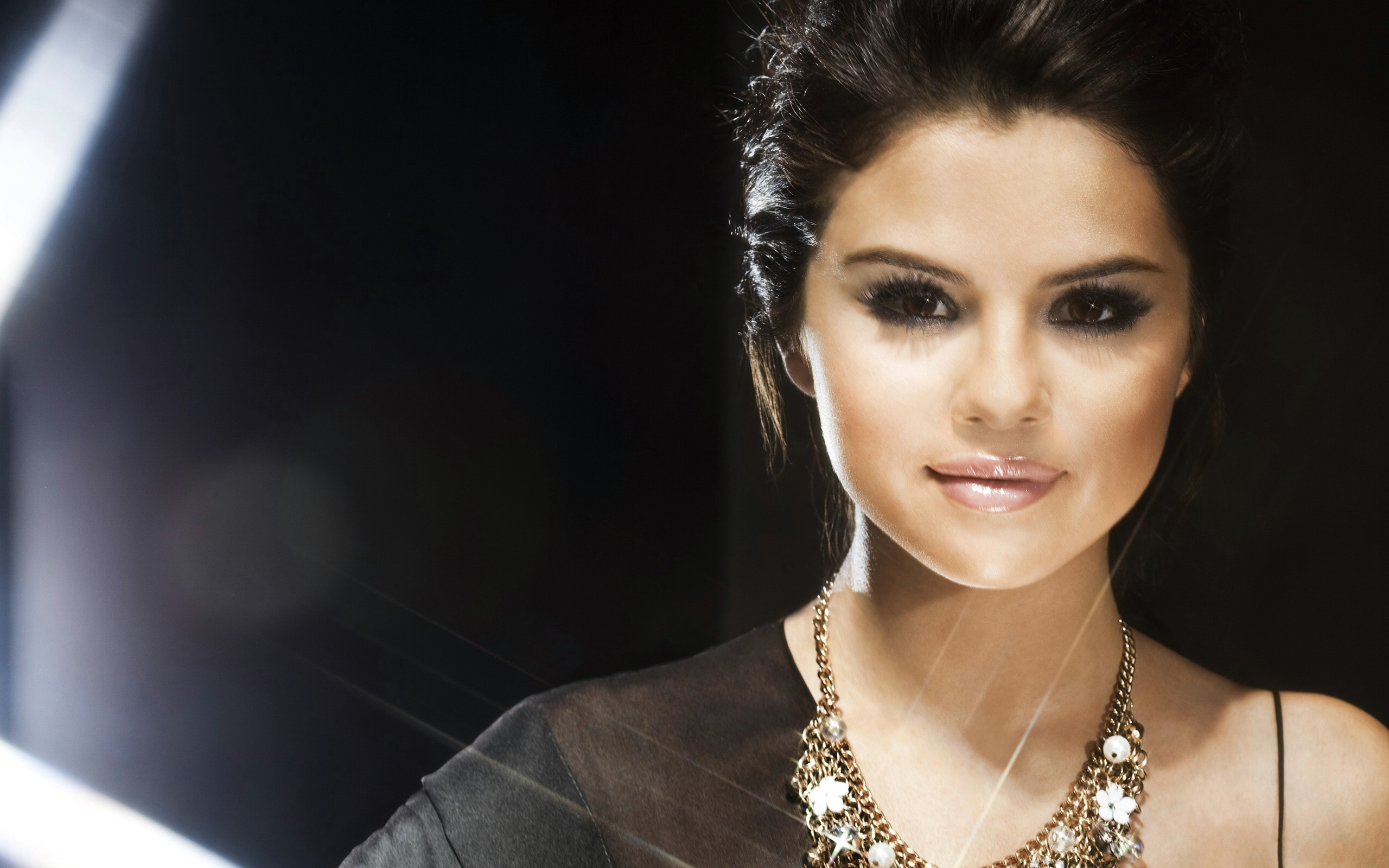 desktop selena gomez smiling face with neckles pose background computer hd free pics