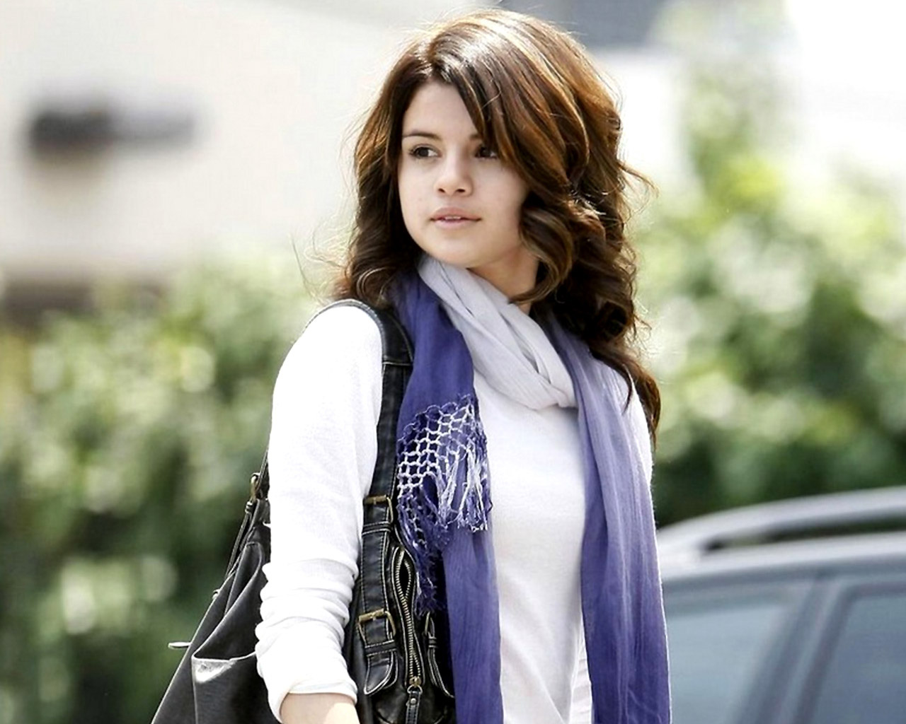 Selena Gomez Fantastic Stylish Look Background Free Download Mobile Pictures Hd