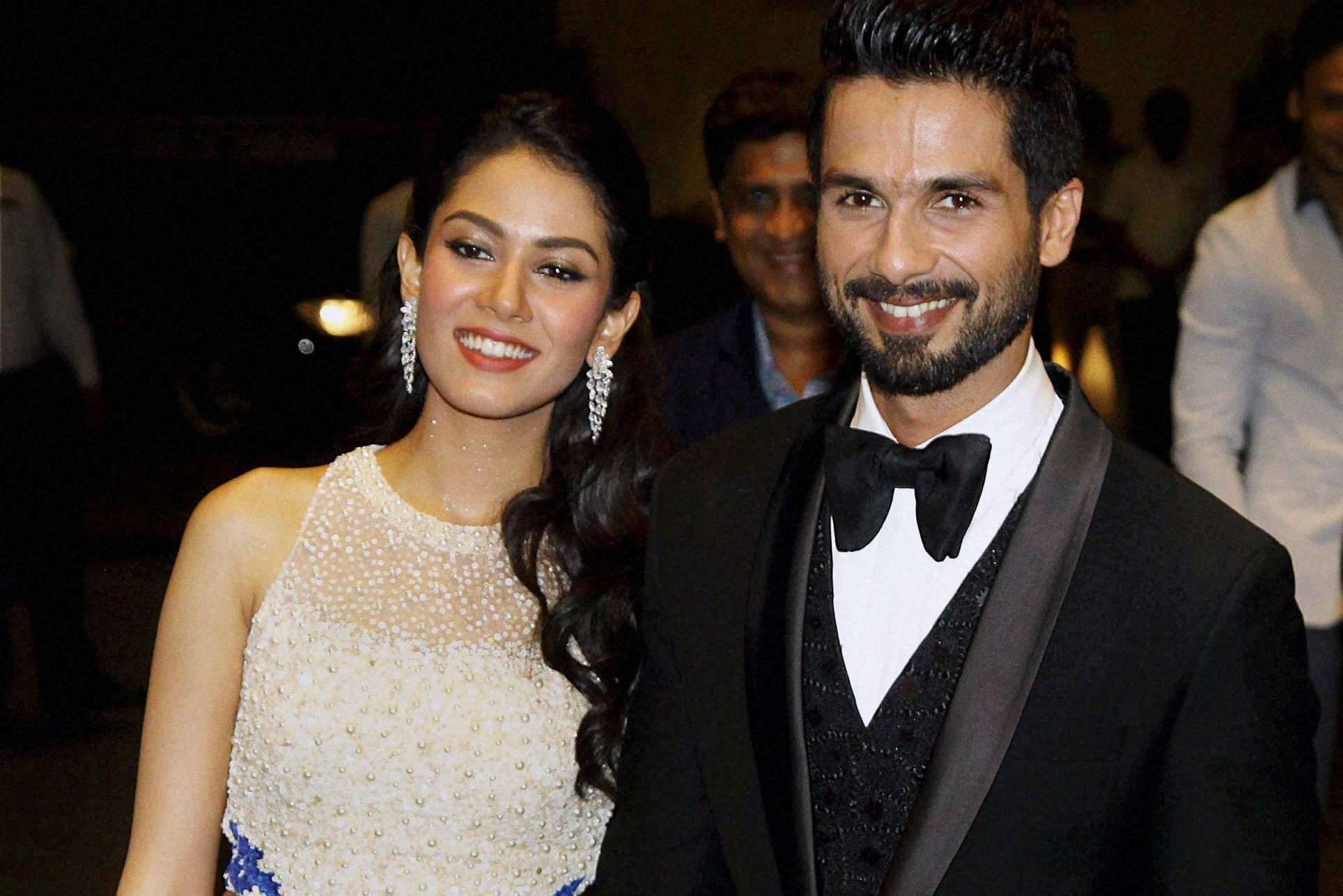 beautiful couple shahid kapoor with his wife mira rajput wallpapers for smart phone