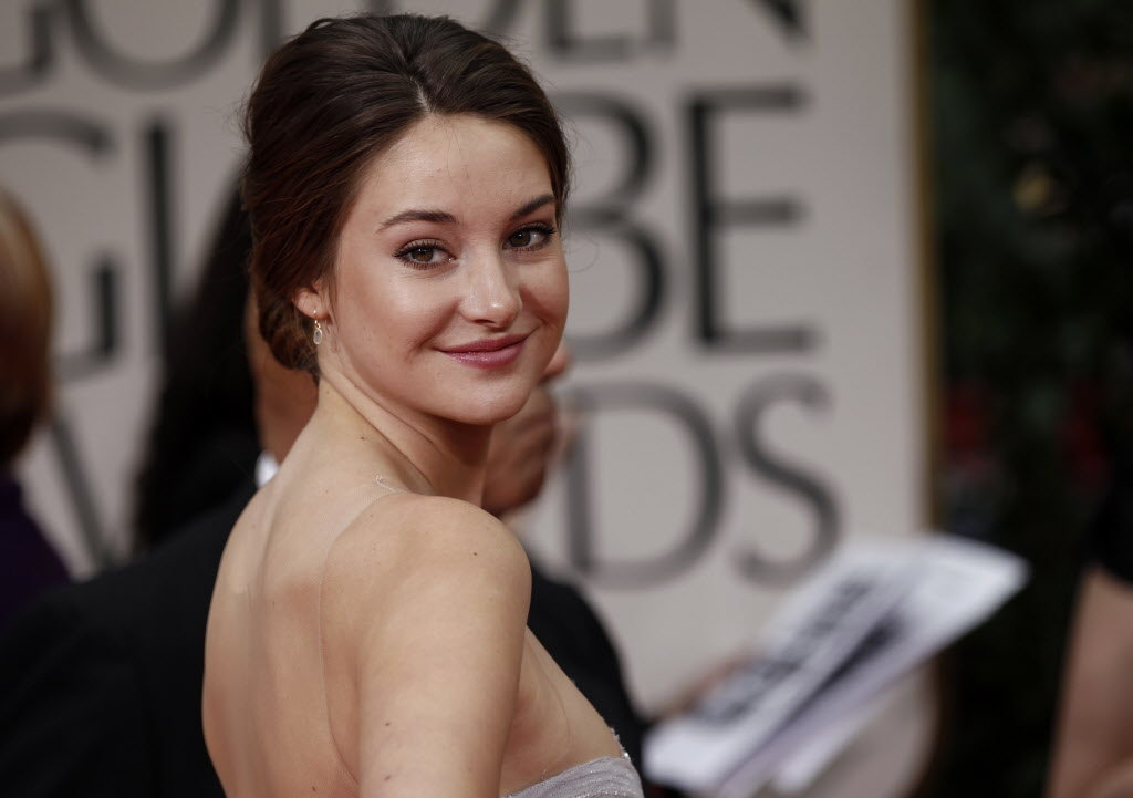 alluring widescreen shailene woodley cute smile picture