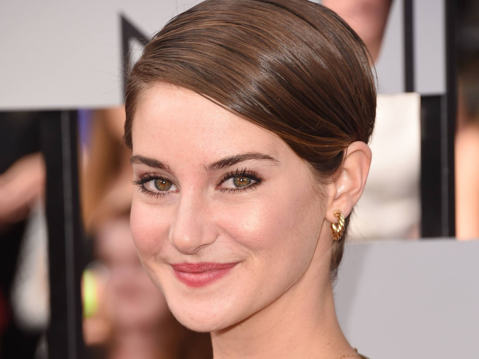 Download Hd Exclusive Shailene Woodley Desktop Wallpapers