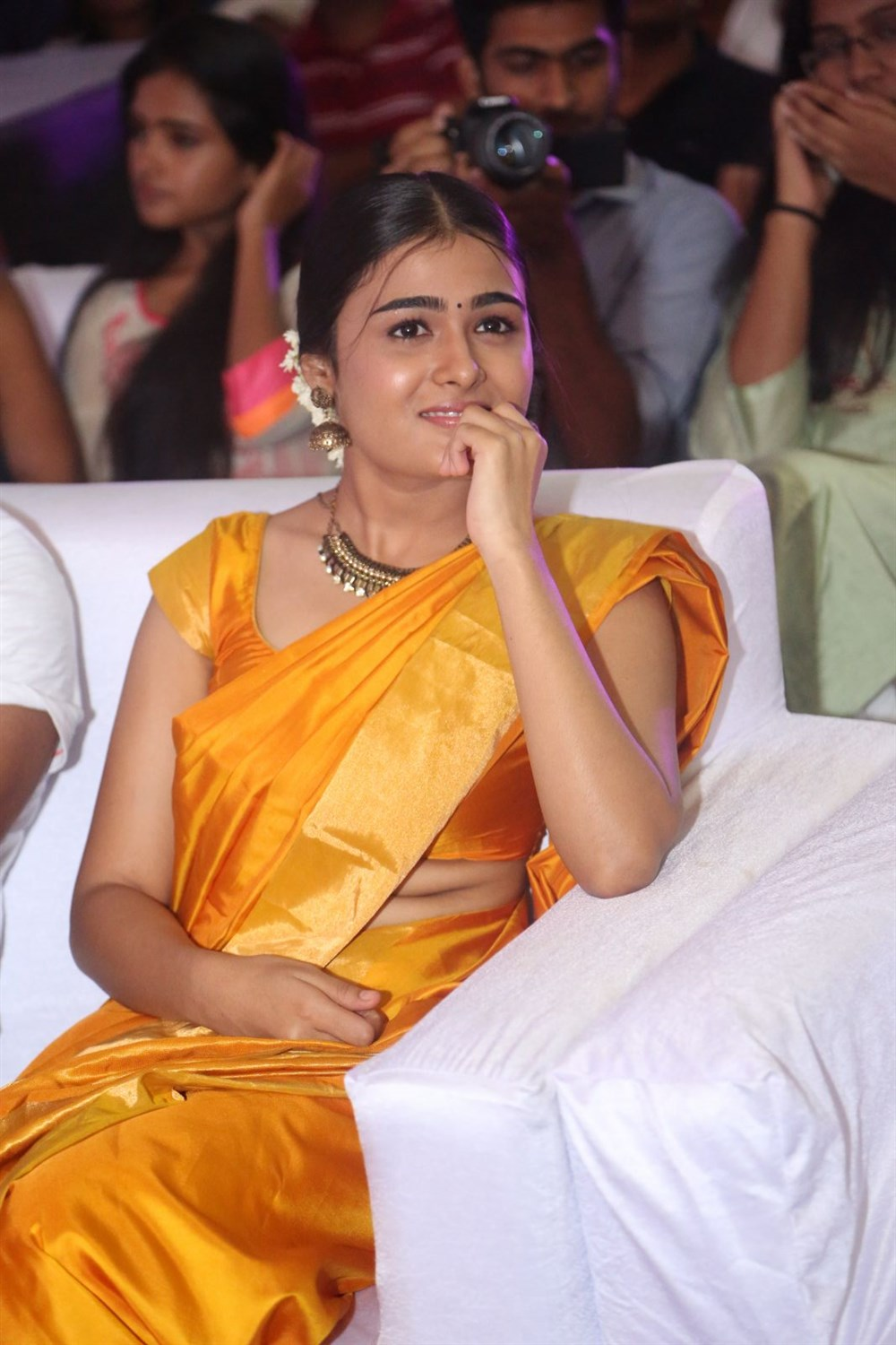 actress shalini pandey beautiful images free hd