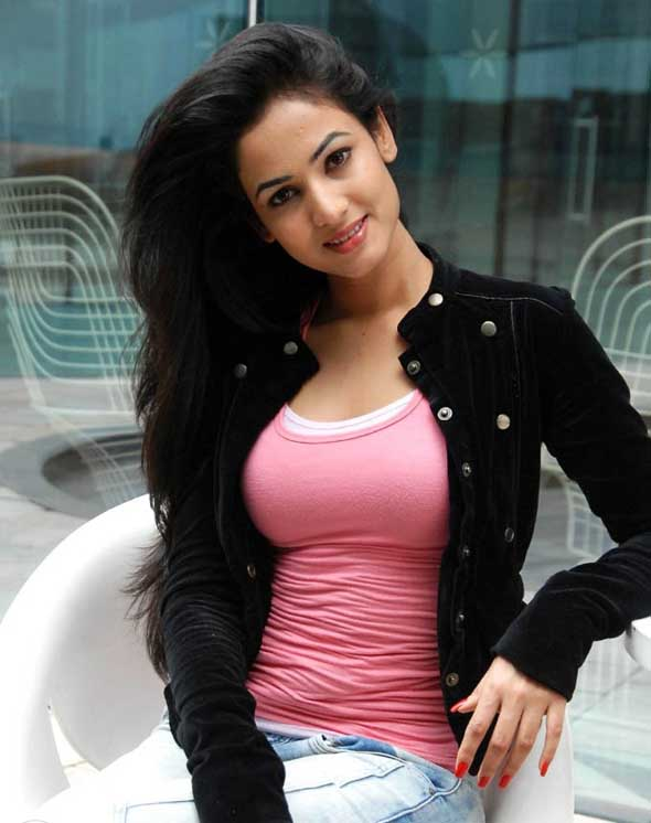 desktop free excellent sonal chauhan hd pictures