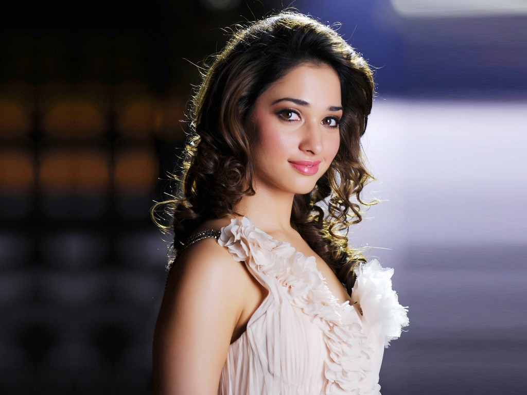 cute indian tamil movie actress tamanna bhatia