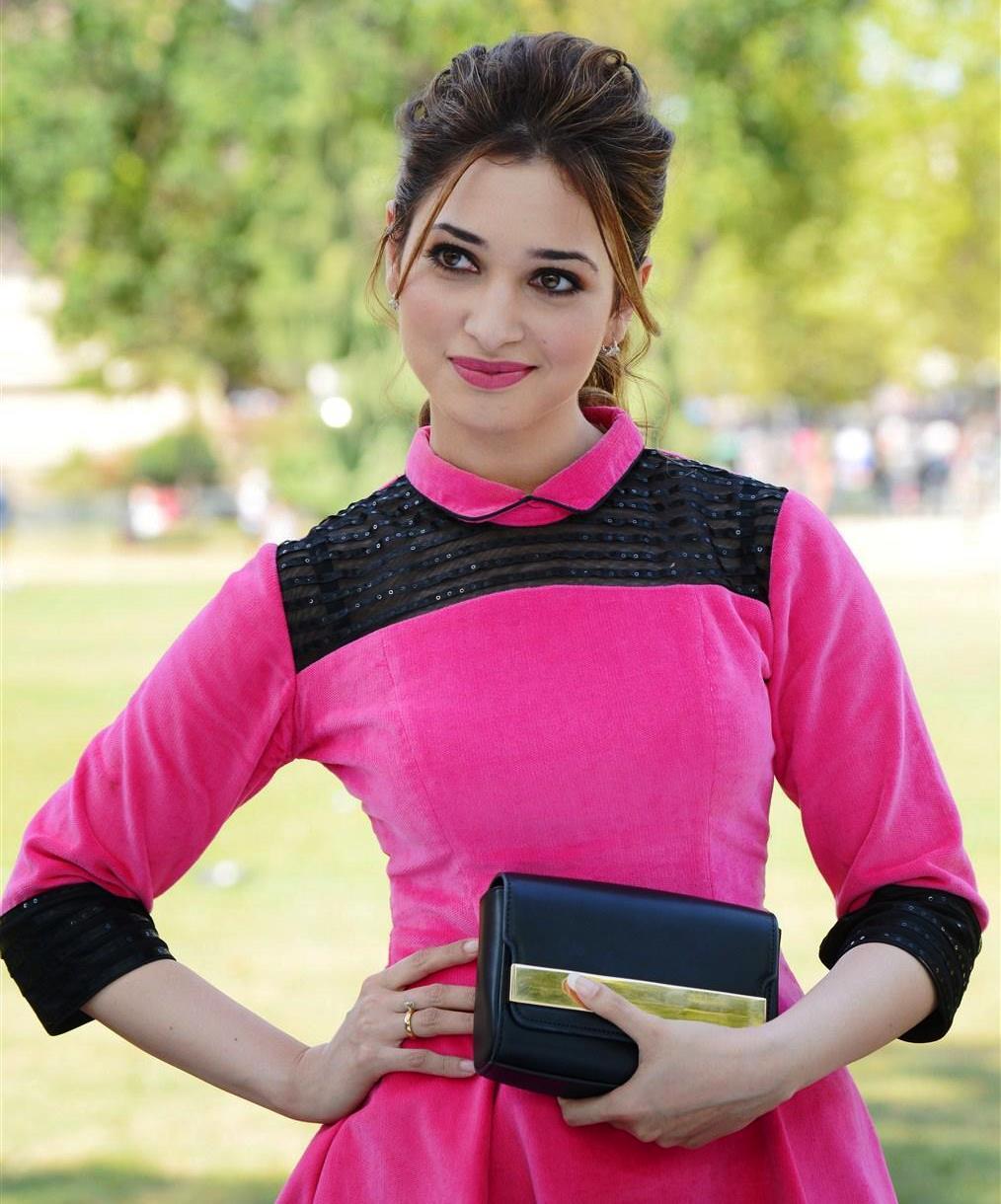 Tamannaah Bhatia Actress Hd Wallpapers Download