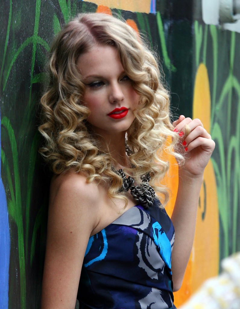 desktop taylor swift free computer pics background trees fantastic hair look